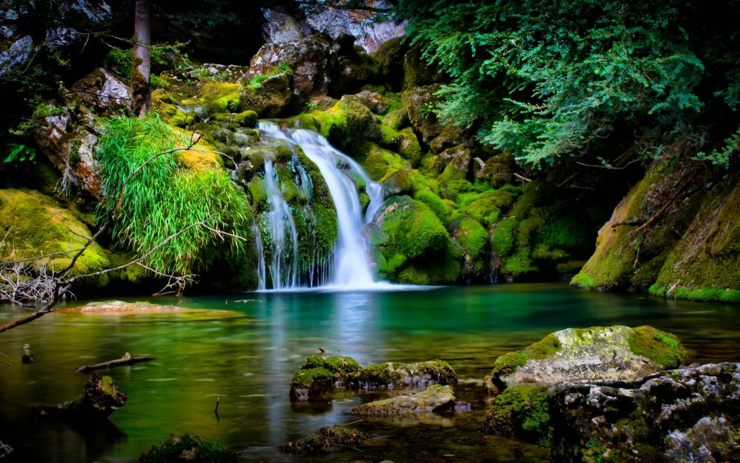 free download waterfall background id 106258 hd 1440x900 for desktop