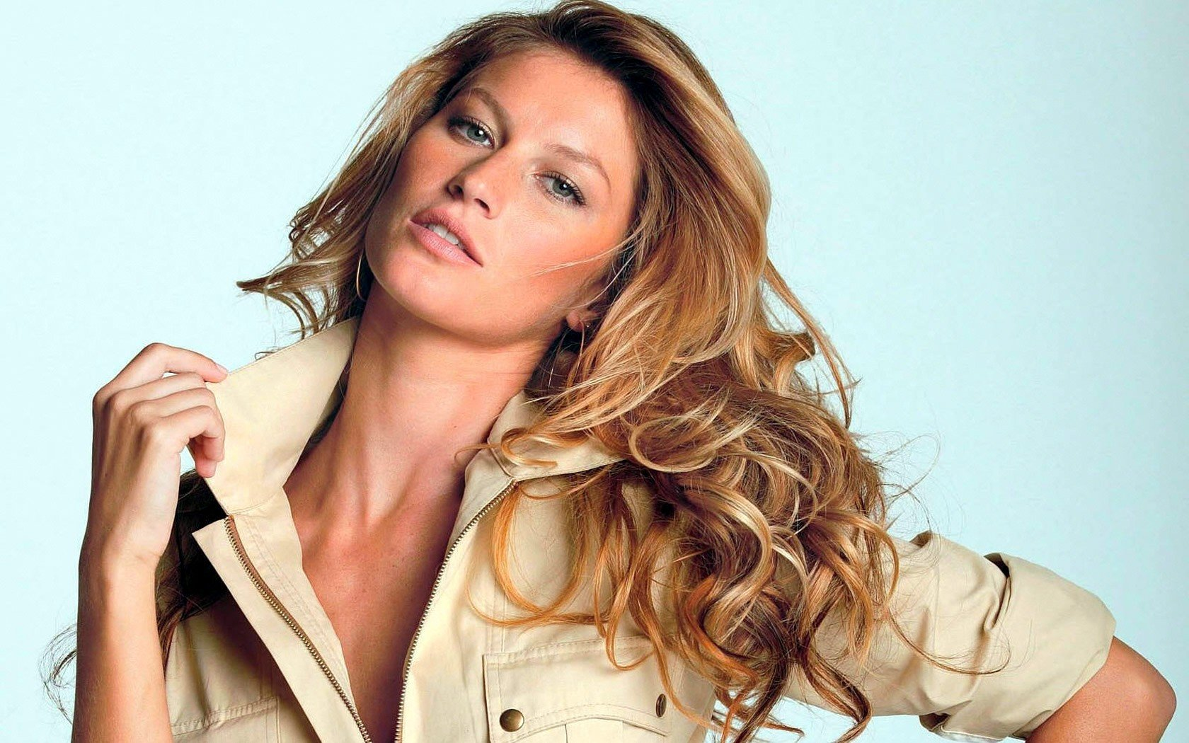 Free Gisele Bundchen high quality wallpaper ID:136956 for hd 1680x1050 PC