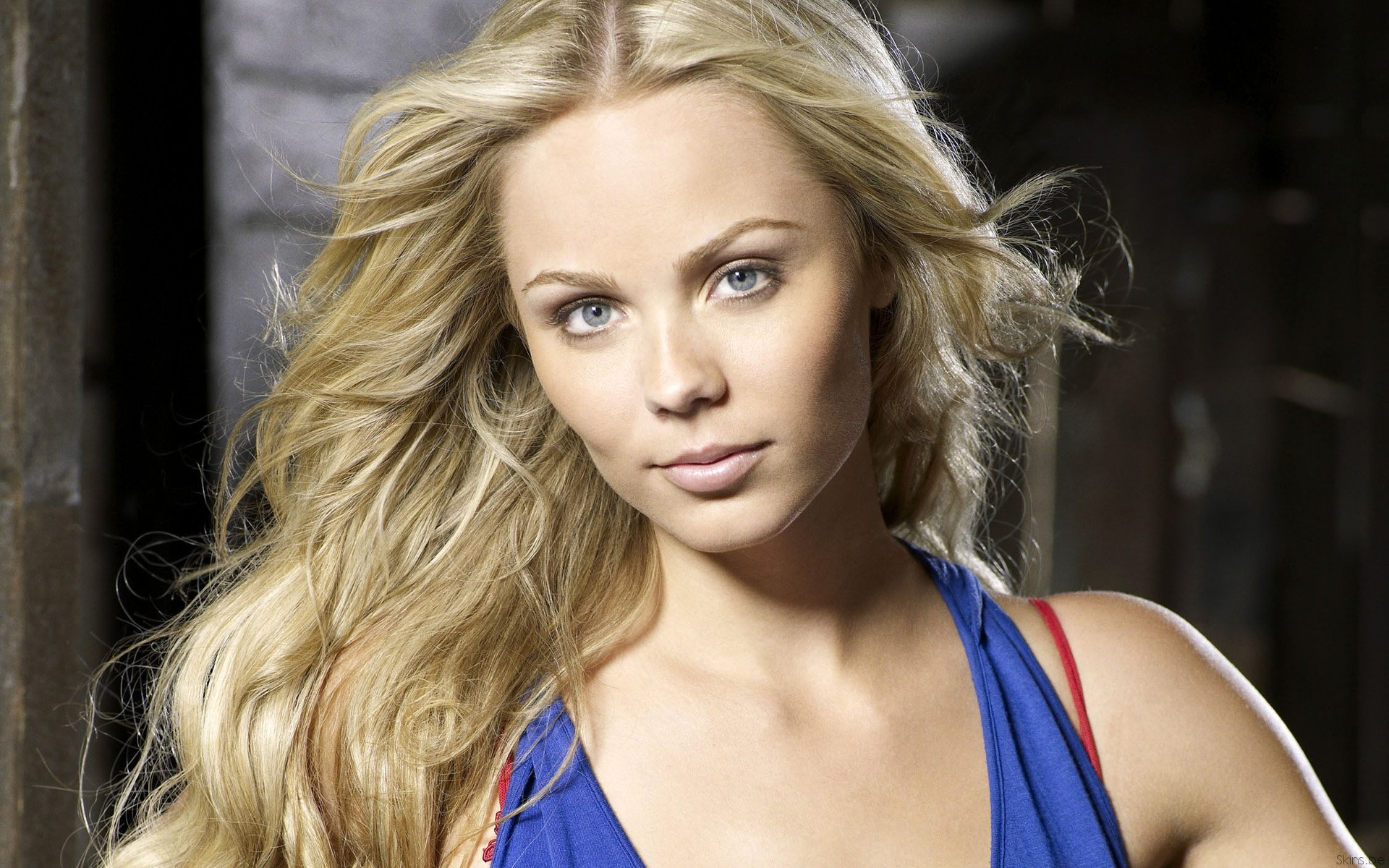 Awesome Laura Vandervoort free wallpaper ID:210311 for hd 1920x1200 desktop