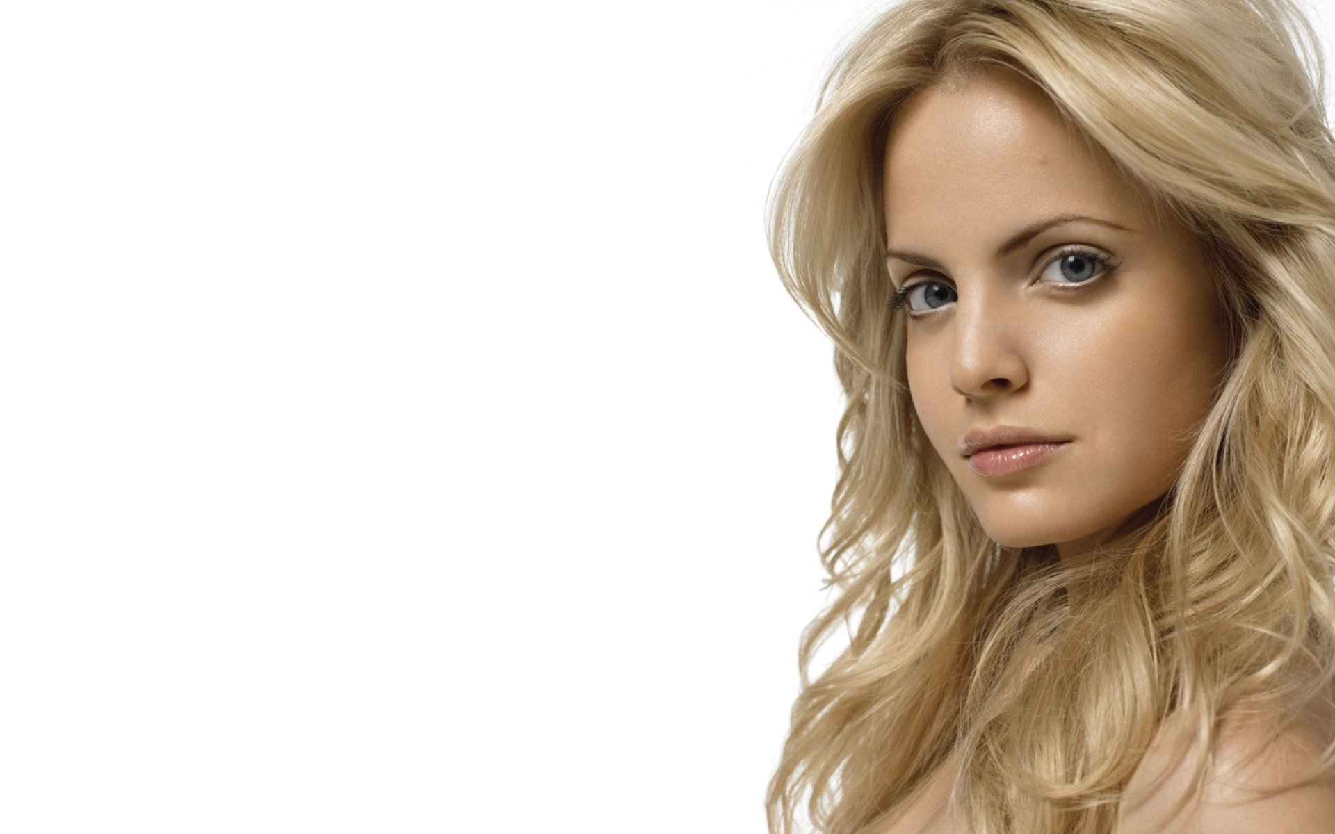 Free download Mena Suvari background ID:445573 hd 1920x1200 for PC