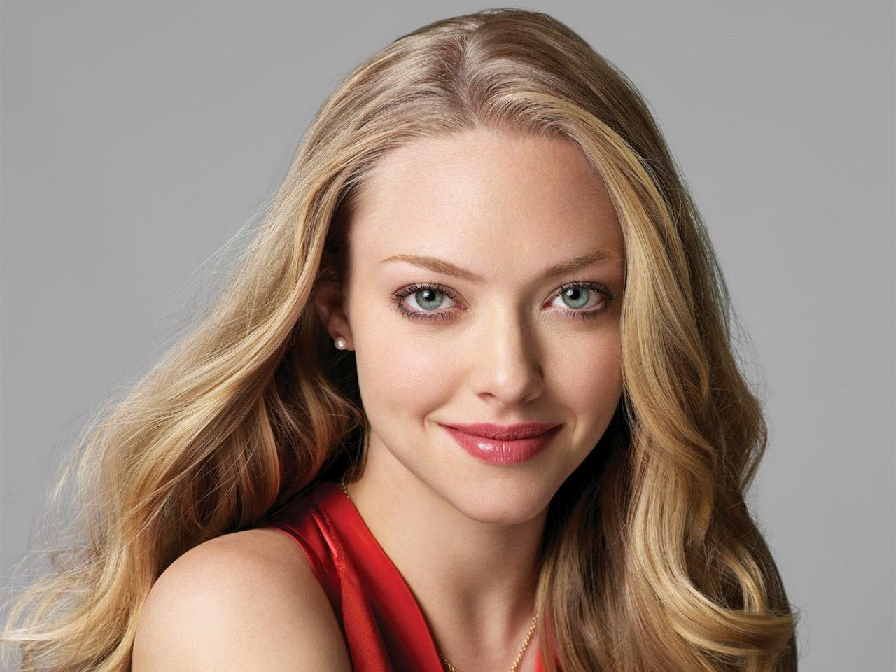 Awesome Amanda Seyfried free background ID:83724 for hd 1280x960 PC