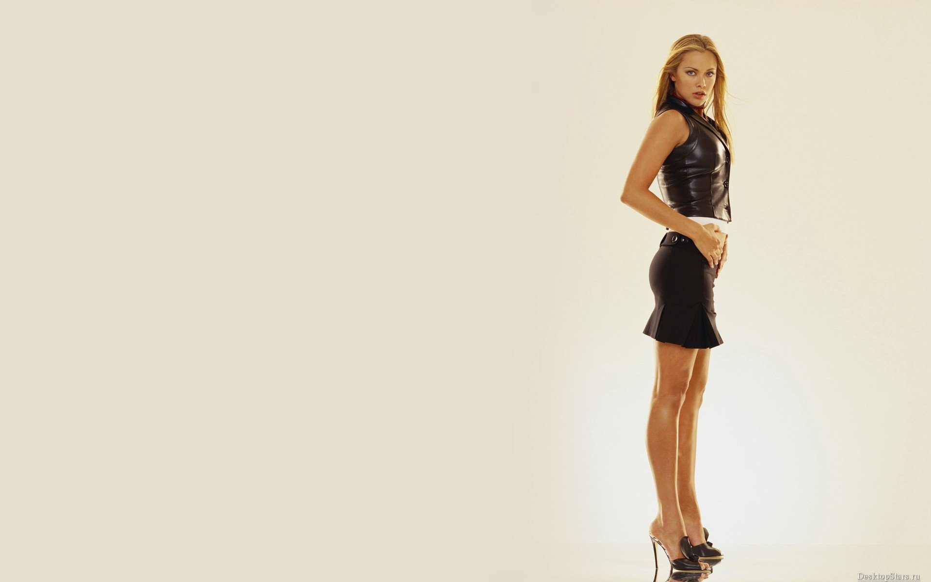 Best Kristanna Loken wallpaper ID:185622 for High Resolution hd 1920x1200 desktop