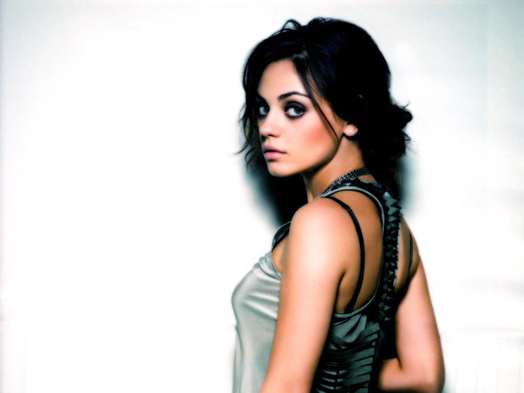 Free Mila Kunis high quality wallpaper ID:291512 for hd 1024x768 desktop