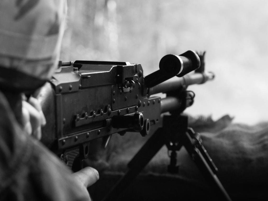 Download Hd 1024x768 Machine Gun Computer Background ID405659 For Free