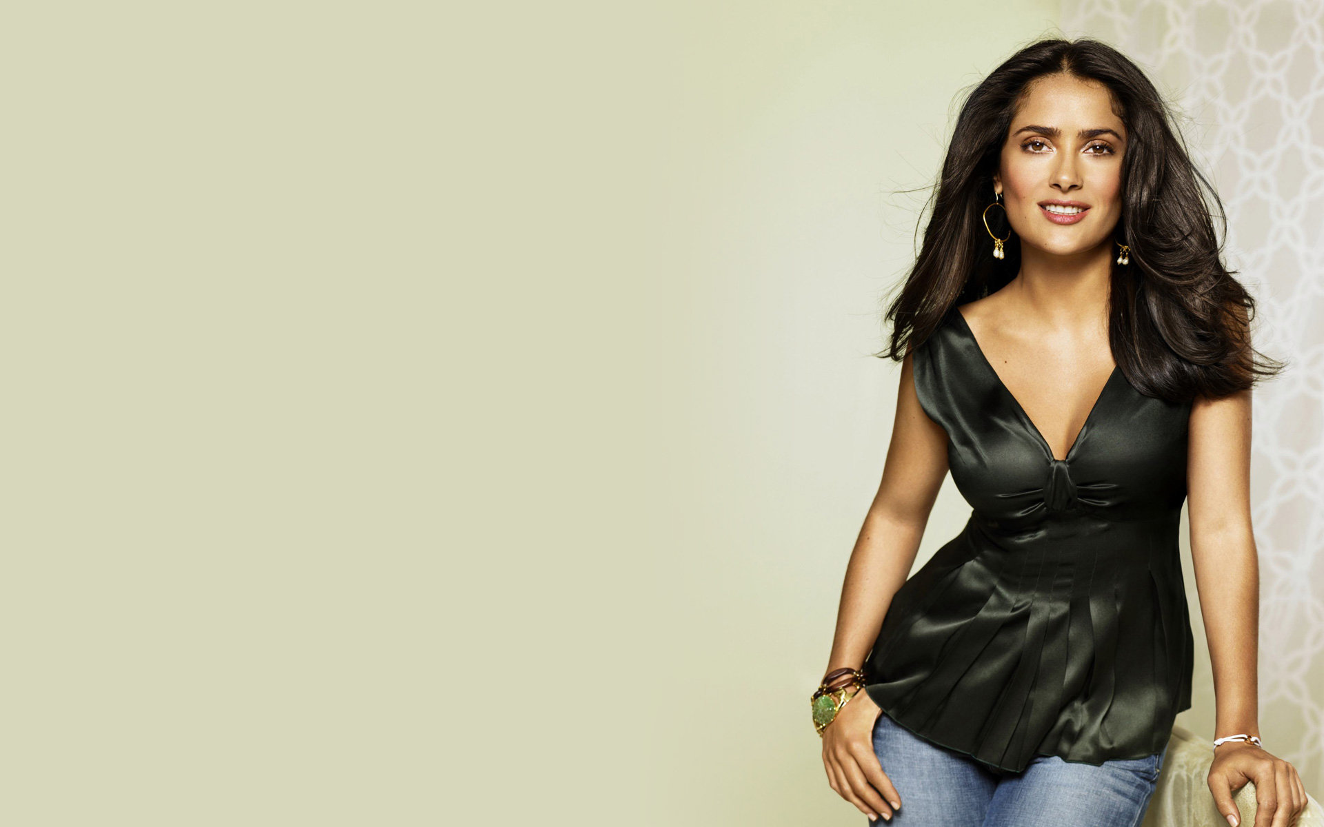 High resolution Salma Hayek hd 1920x1200 background ID:96944 for computer