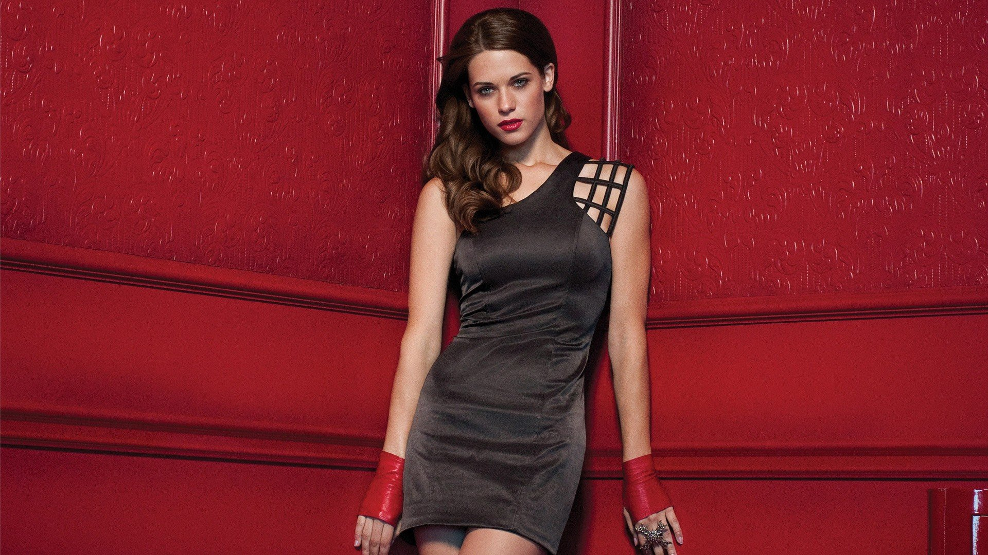 Free download Lyndsy Fonseca background ID:246191 full hd for computer