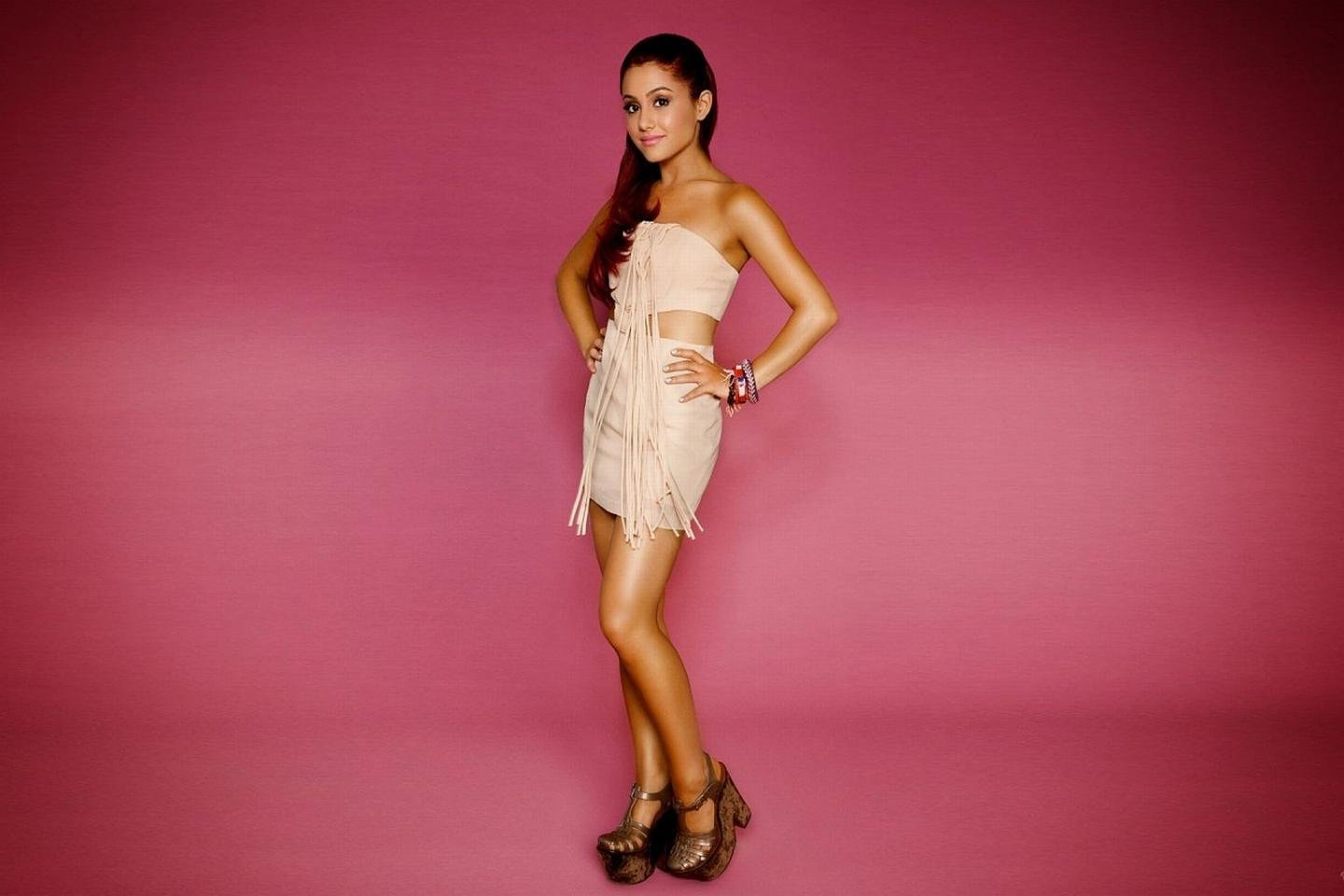 Best Ariana Grande wallpaper ID:132257 for High Resolution hd 1440x960 desktop