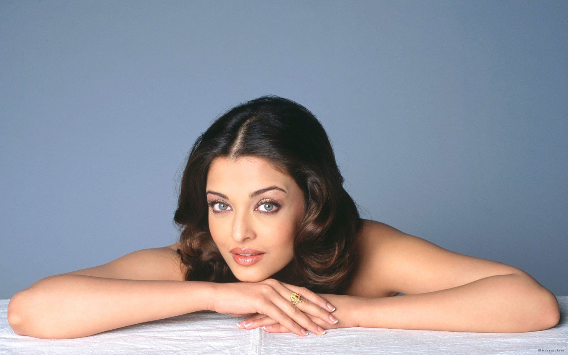 Awesome Aishwarya Rai free wallpaper ID:85367 for hd 1920x1200 computer
