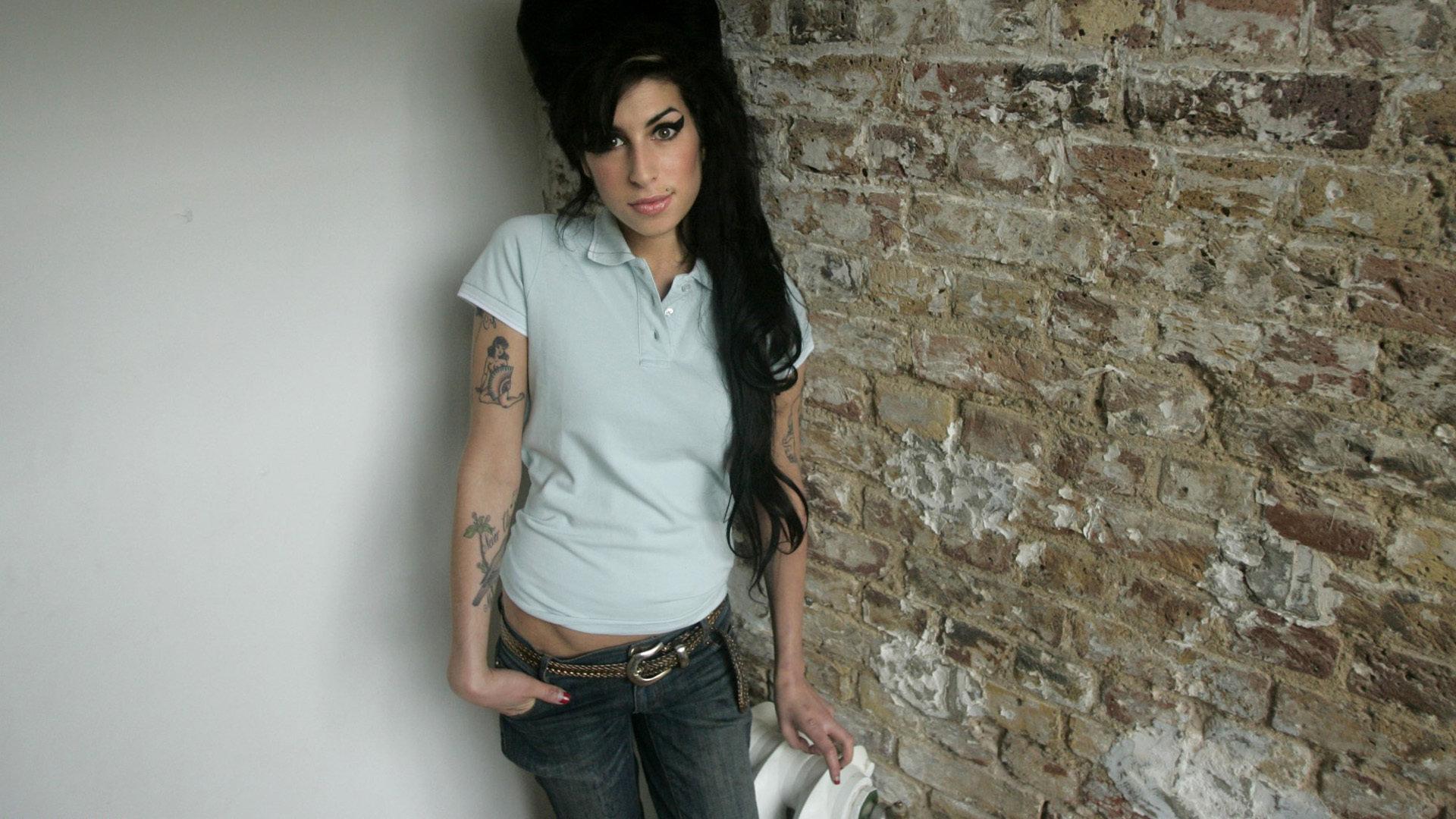Amy Winehouse Wallpapers 1920x1080 Full Hd 1080p Desktop Backgrounds