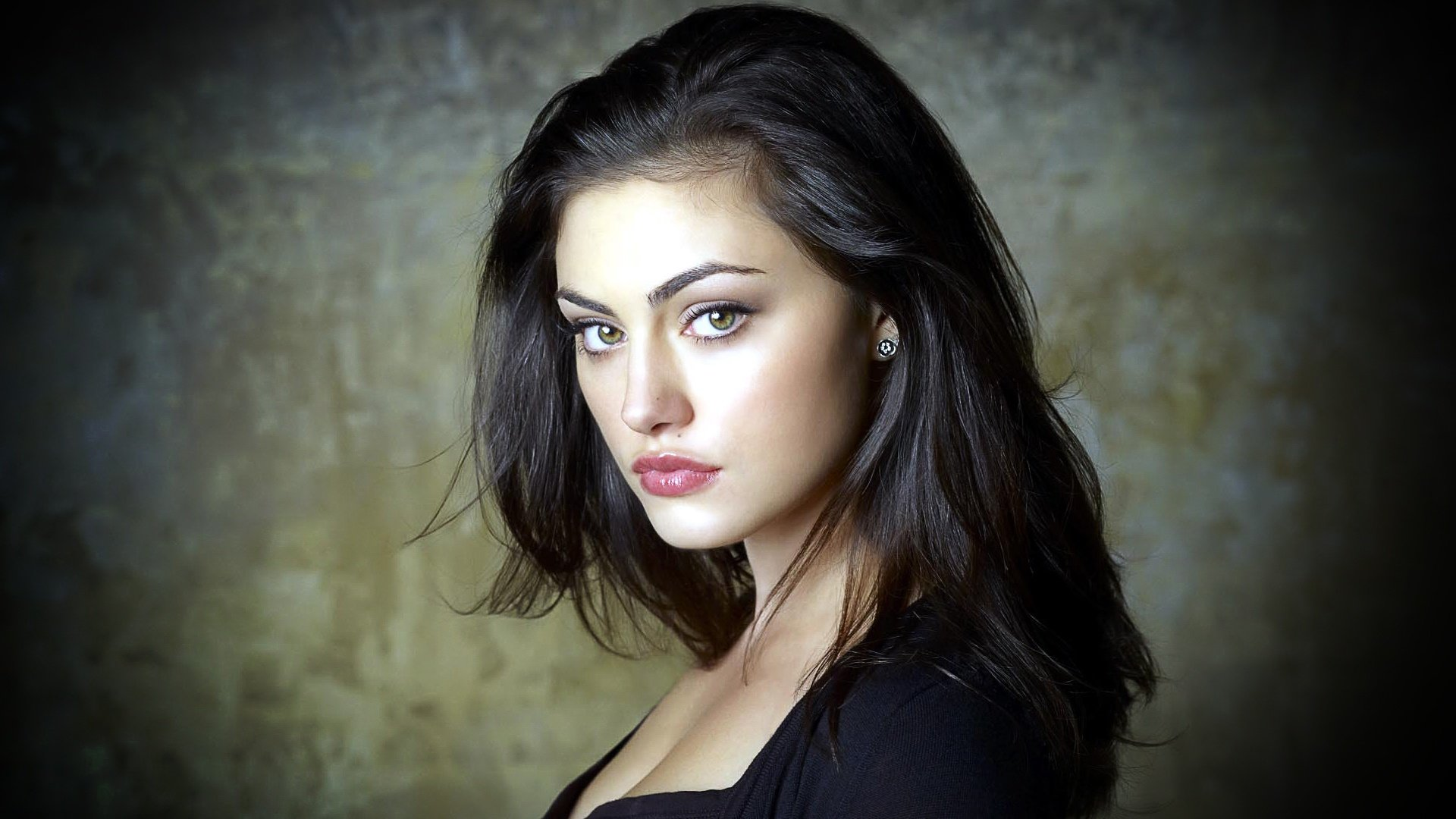 Best Phoebe Tonkin background ID:318598 for High Resolution full hd 1080p desktop
