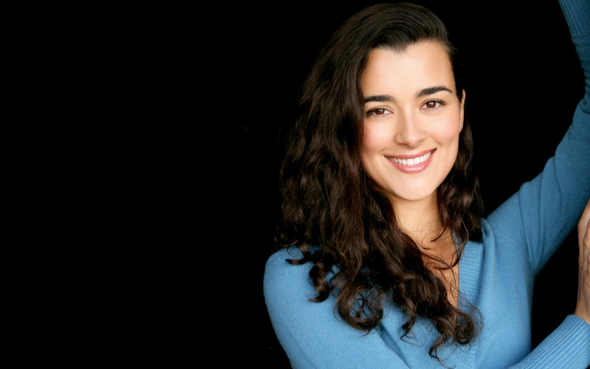 Download hd 1920x1200 Cote De Pablo desktop background ID:174719 for free