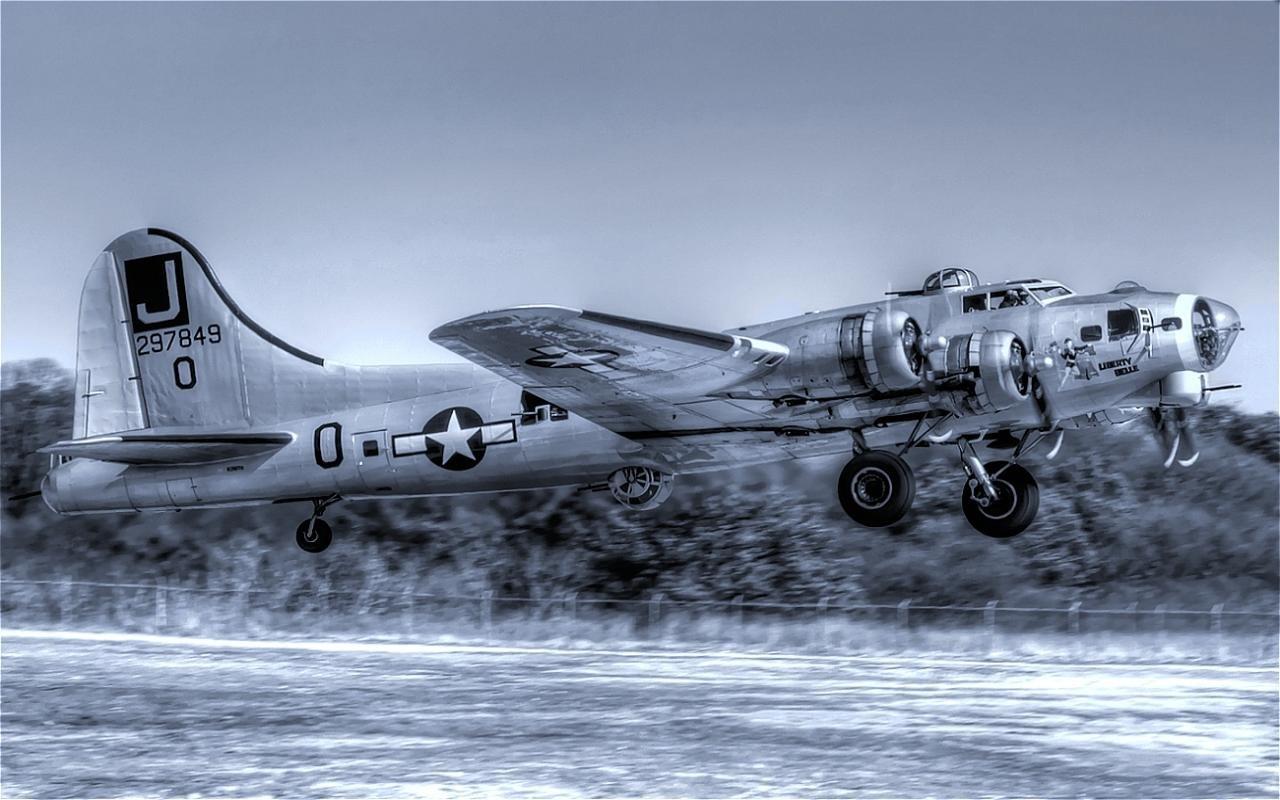 B 17 Flying Fortress Wallpaper Boeing B-17 Flying For...