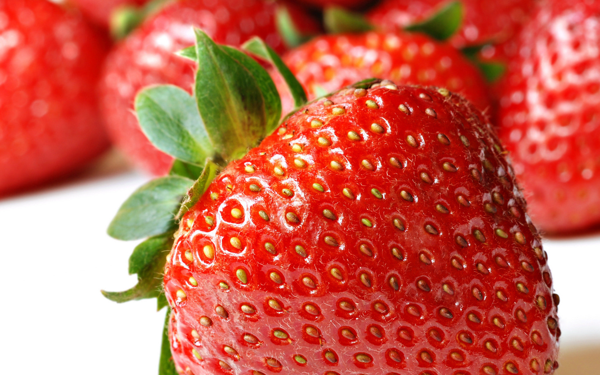 Download hd 1920x1200 Strawberry desktop wallpaper ID:91032 for free