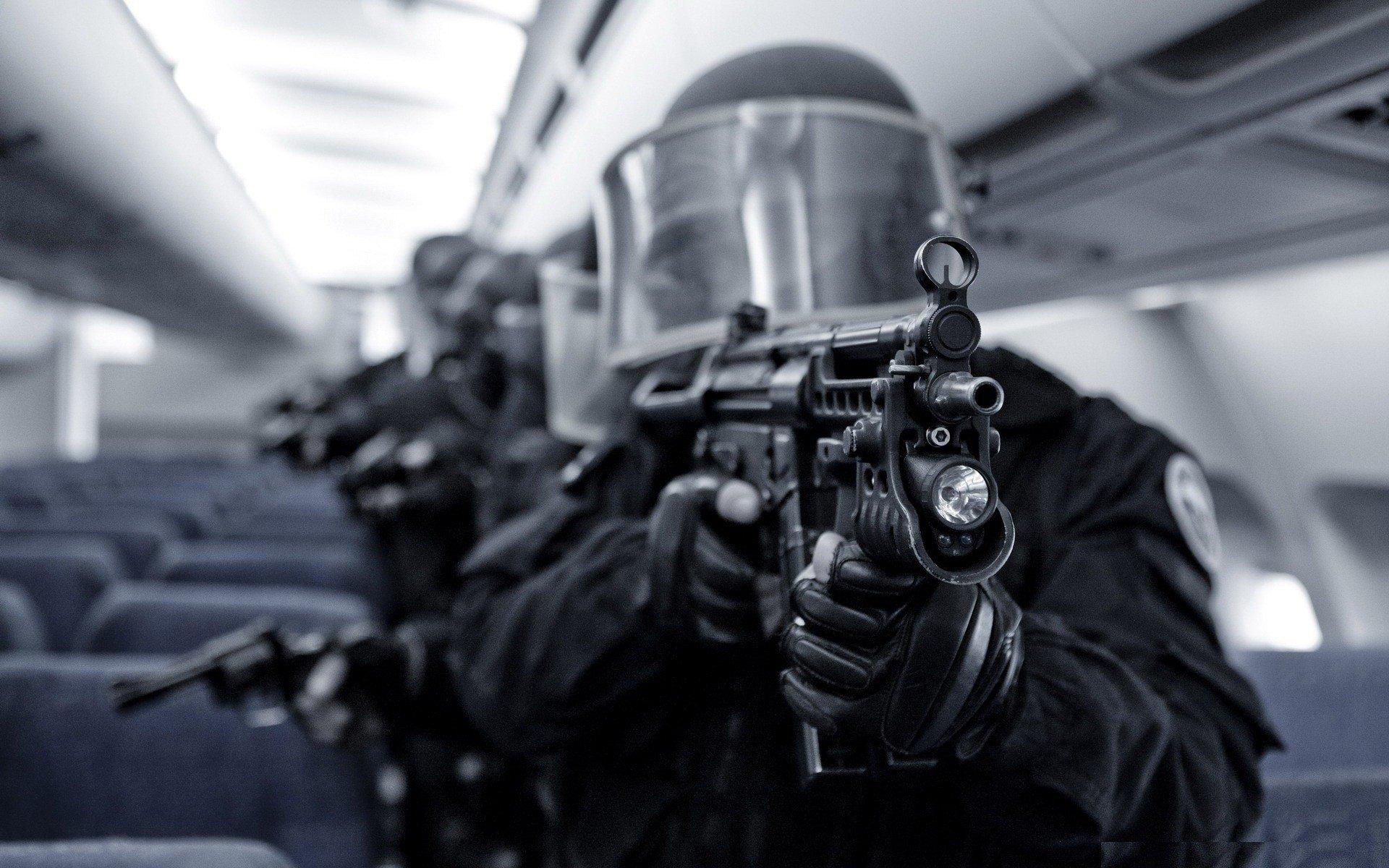 swat wallpaper hd 1920x1200 495702