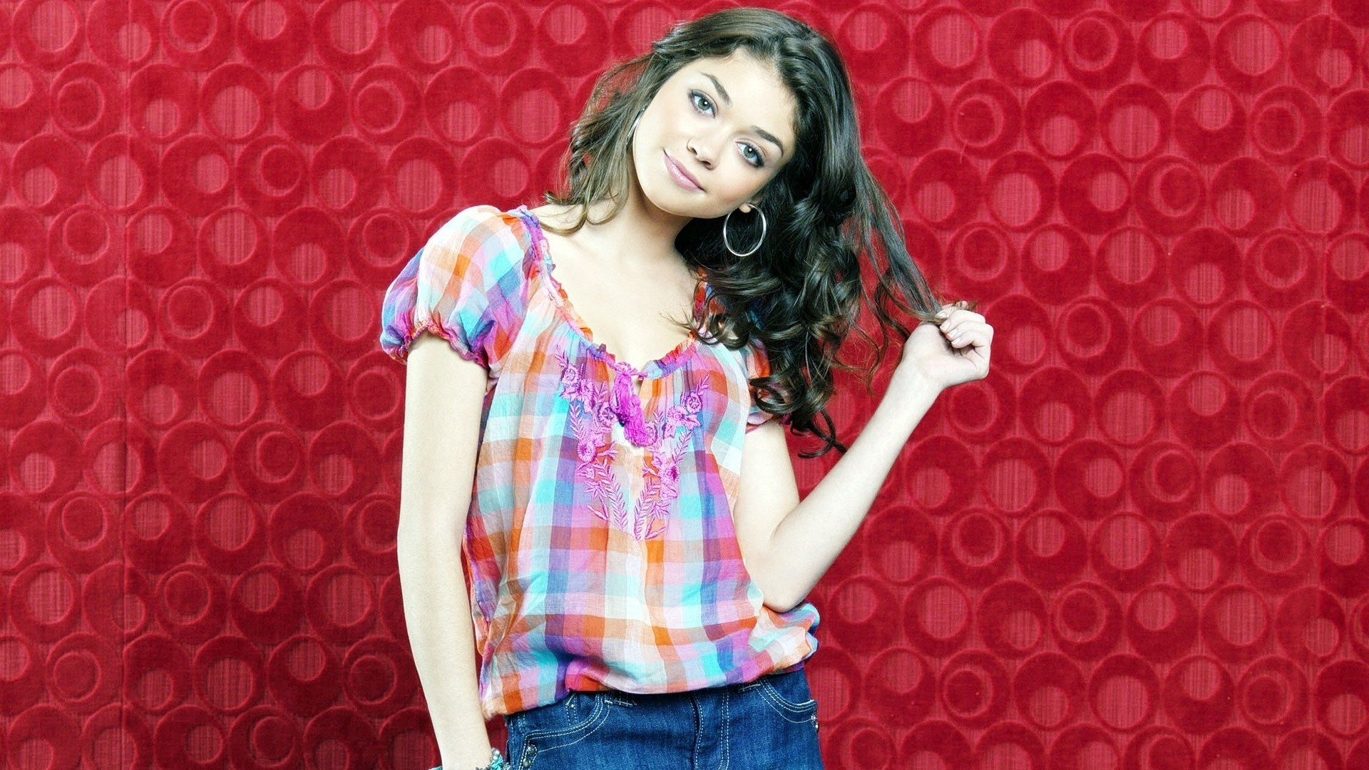Download hd 1080p Sarah Hyland desktop background ID:349412 for free