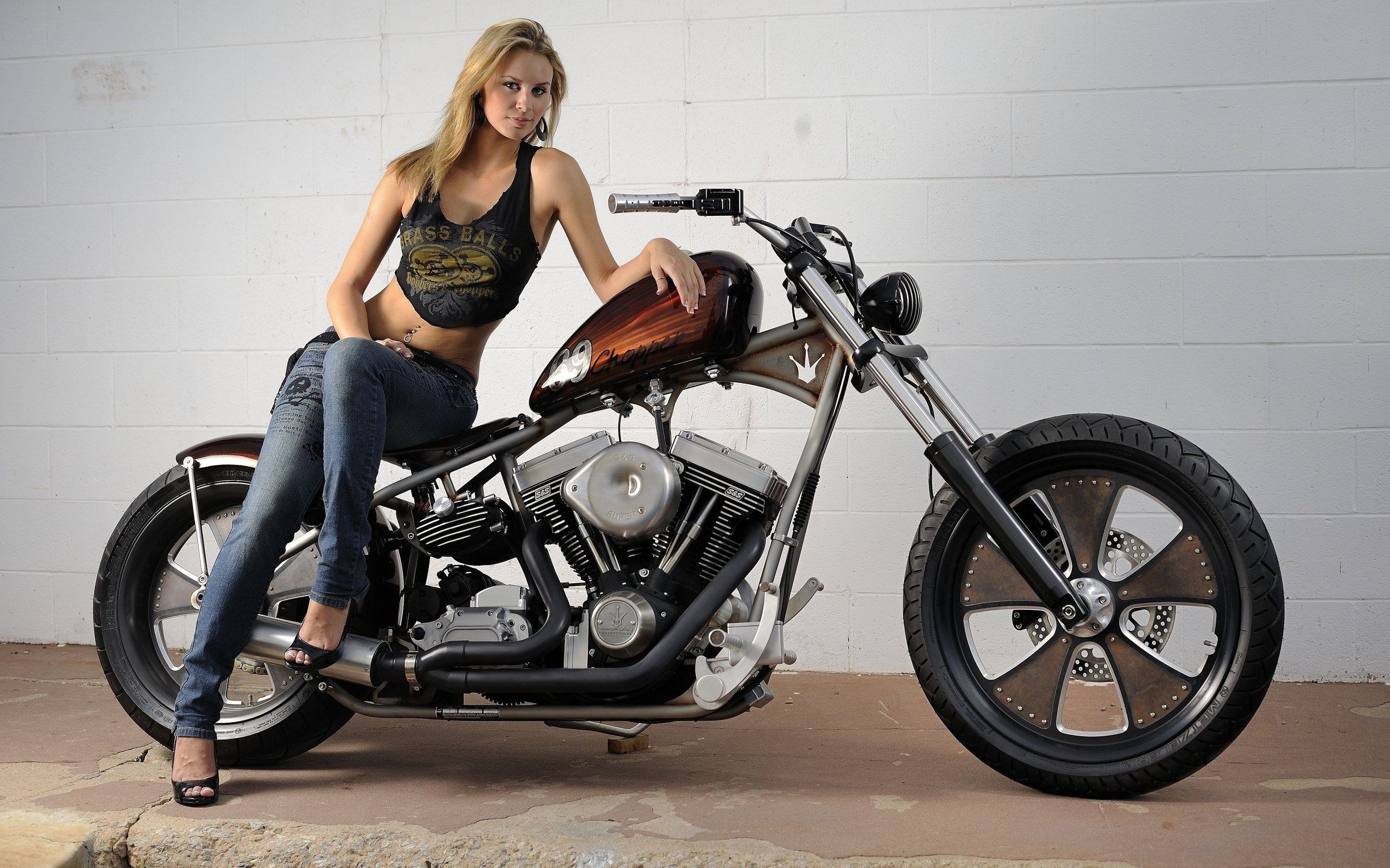 High resolution Girls and Bike (Motorcycles) hd 2560x1600 background ID:67065 for PC