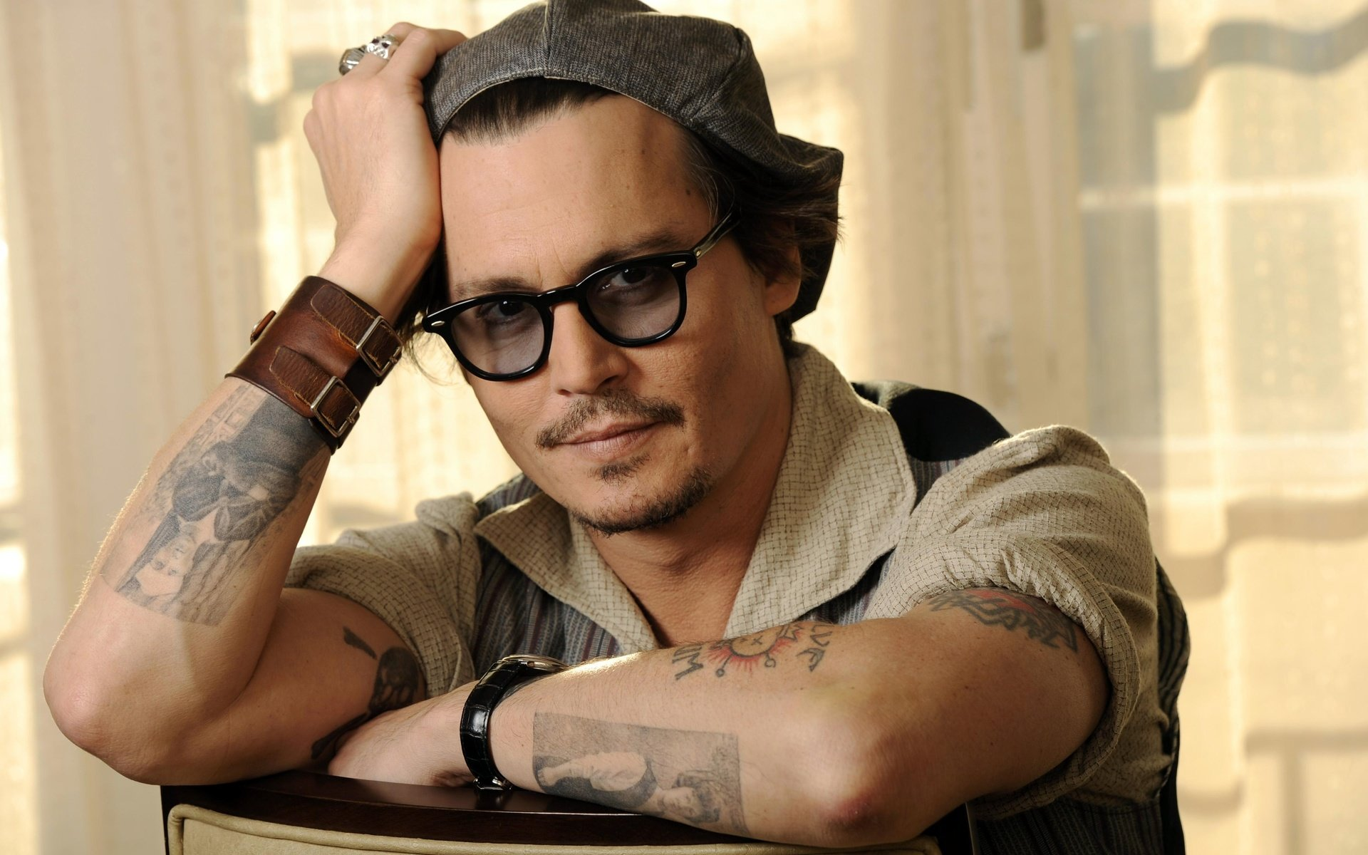 Awesome Johnny Depp free wallpaper ID:26694 for hd 1920x1200 desktop