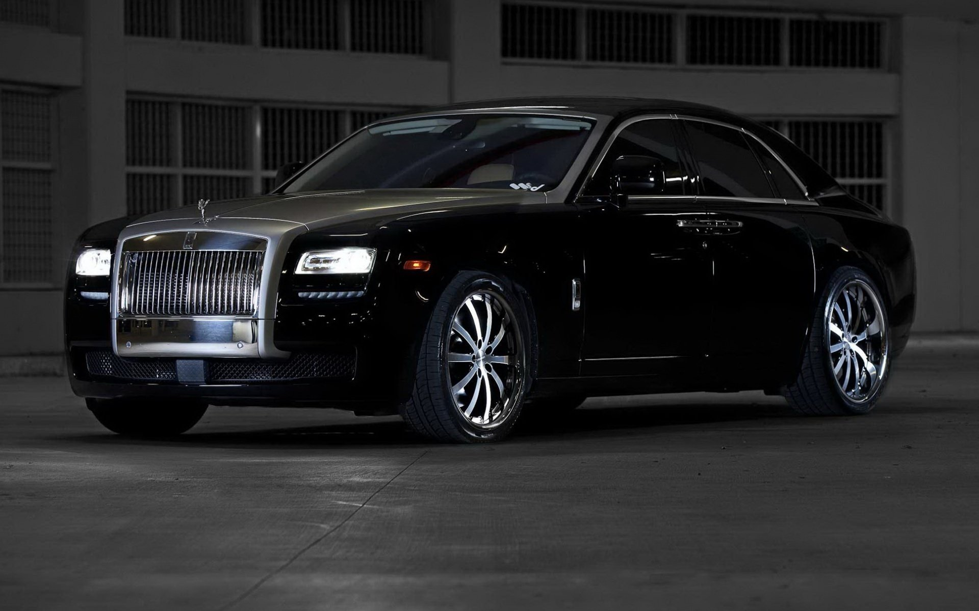 Awesome Rolls Royce free background ID:306004 for hd 1920x1200 PC