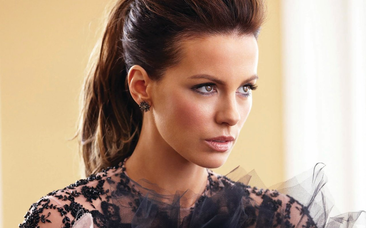 Awesome Kate Beckinsale free background ID:52545 for hd 1280x800 desktop