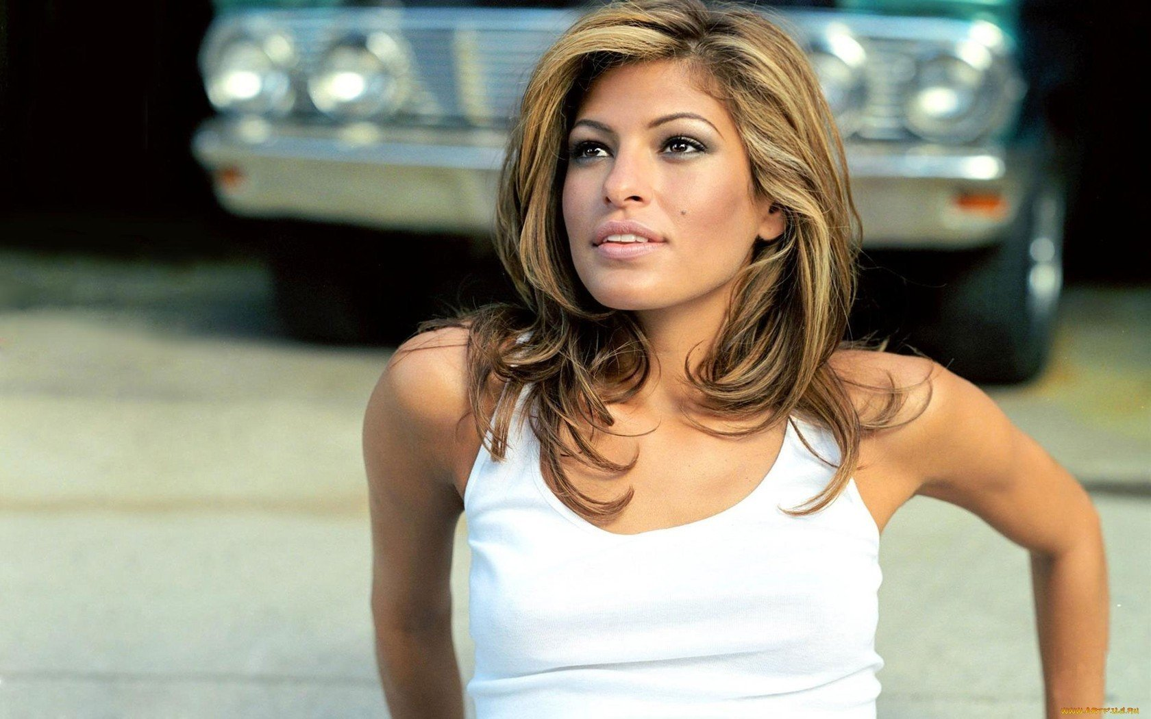 Awesome Eva Mendes free wallpaper ID:467279 for hd 1680x1050 PC