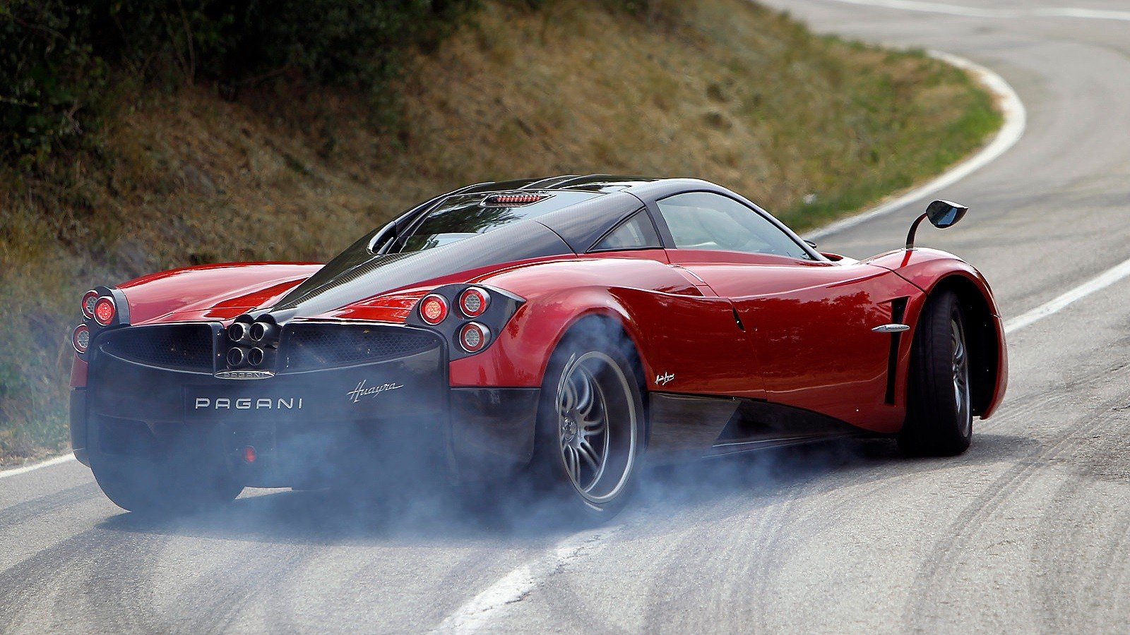 Free Pagani Huayra high quality background ID:160158 for hd 1600x900 PC