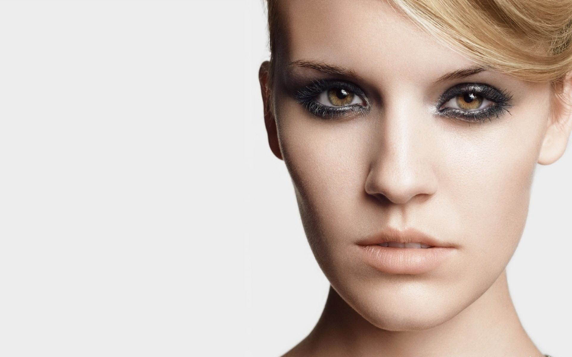 Download hd 1920x1200 Maggie Grace desktop background ID:101281 for free