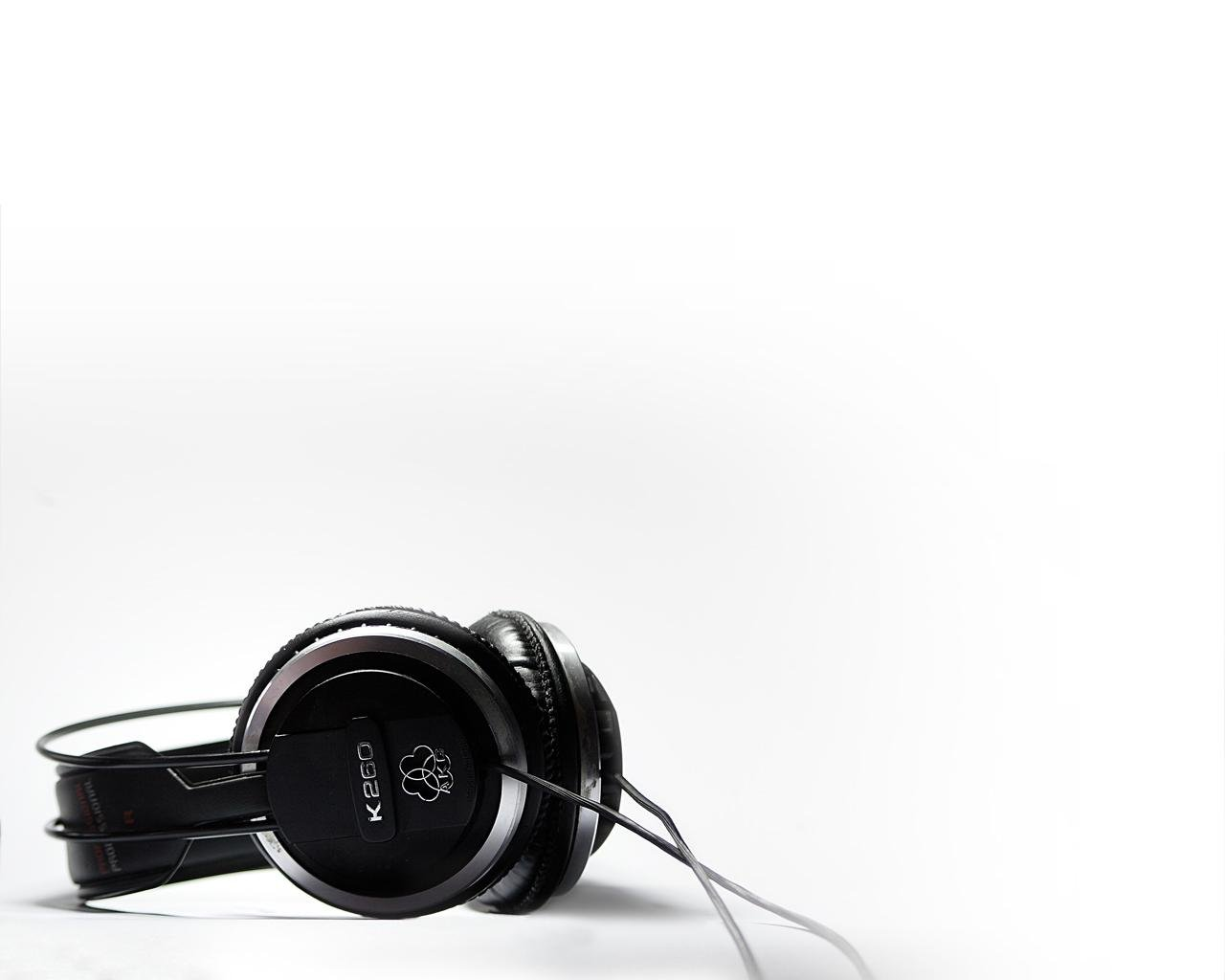 Free download Headphones background ID:47490 hd 1280x1024 for computer