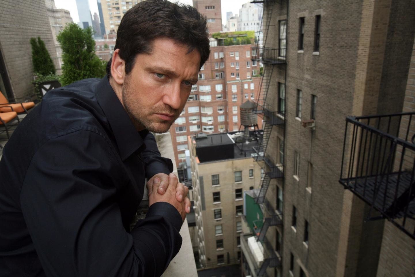 Free download Gerard Butler wallpaper ID:208162 hd 1440x960 for PC