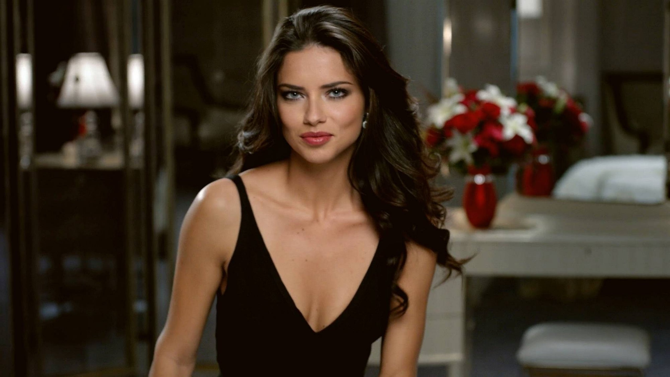 Free Download Adriana Lima Wallpaper ID334029 Hd 2560x1440 For Computer