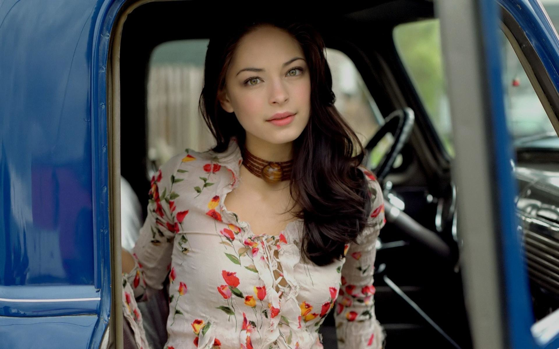 Awesome Kristin Kreuk free wallpaper ID:69823 for hd 1920x1200 computer