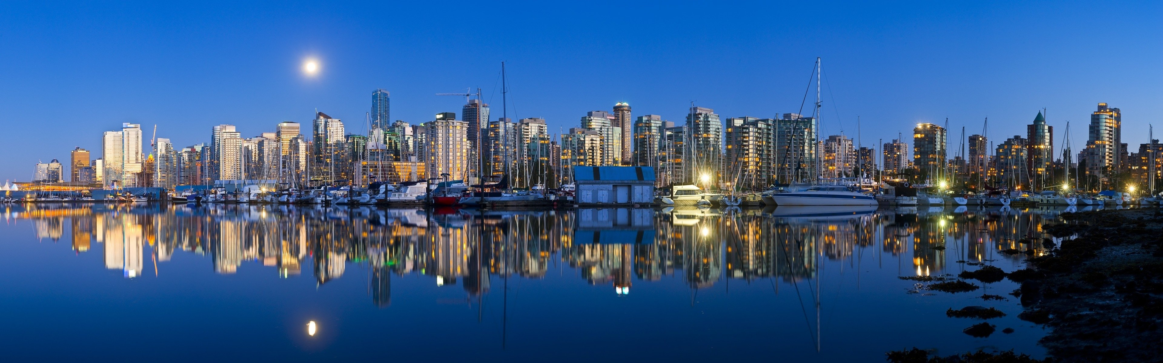Download dual screen 3840x1200 Vancouver desktop wallpaper ID:486940 for free