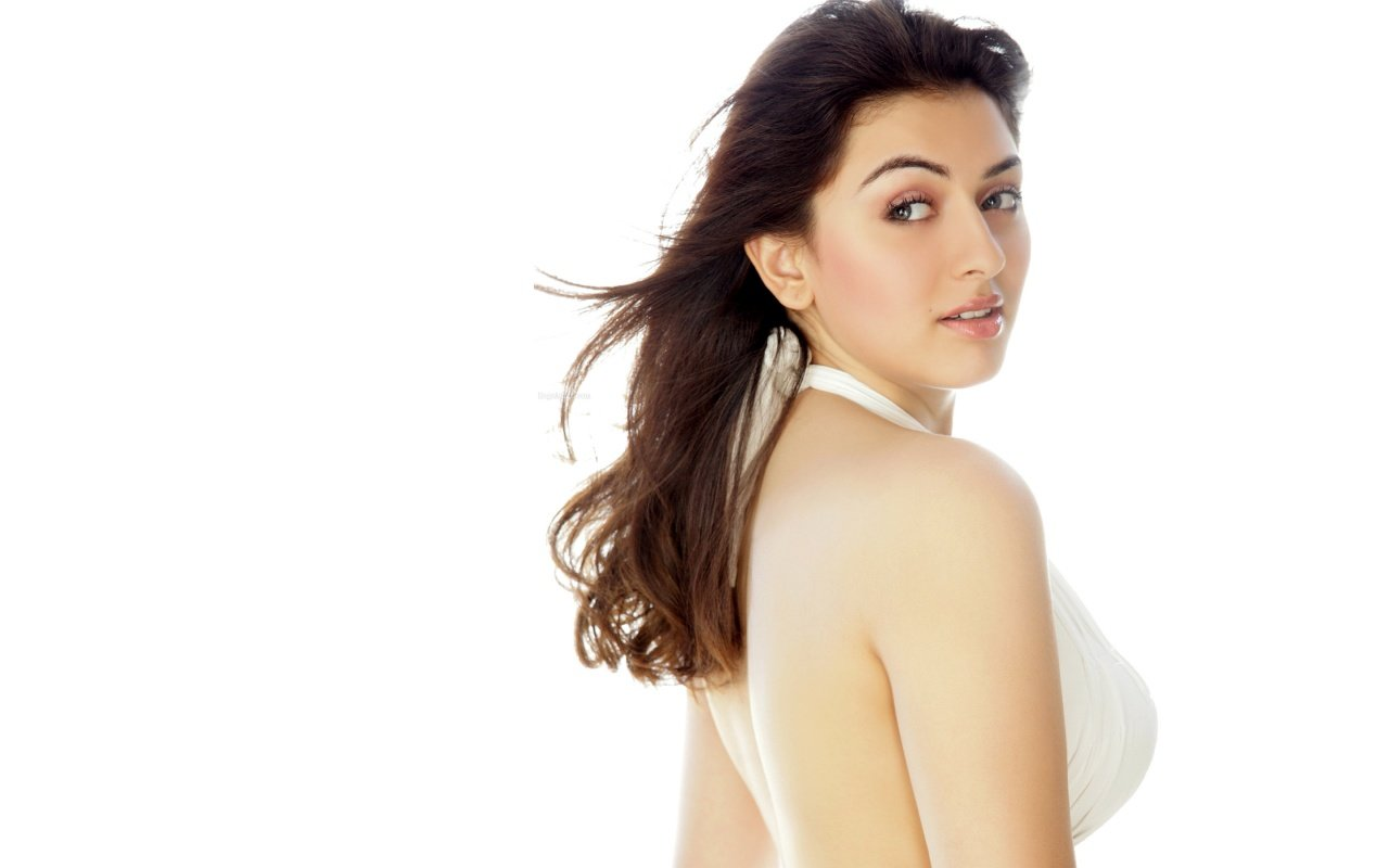 Awesome Hansika Motwani free background ID:408668 for hd 1280x800 computer