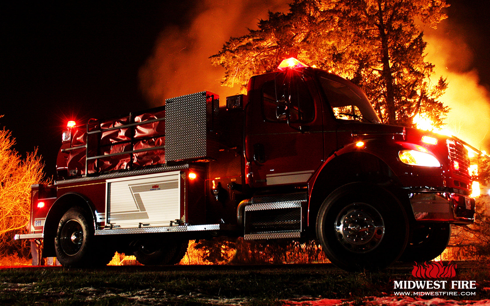 Fire Truck HD Backgrounds For 1680x1050 Desktop