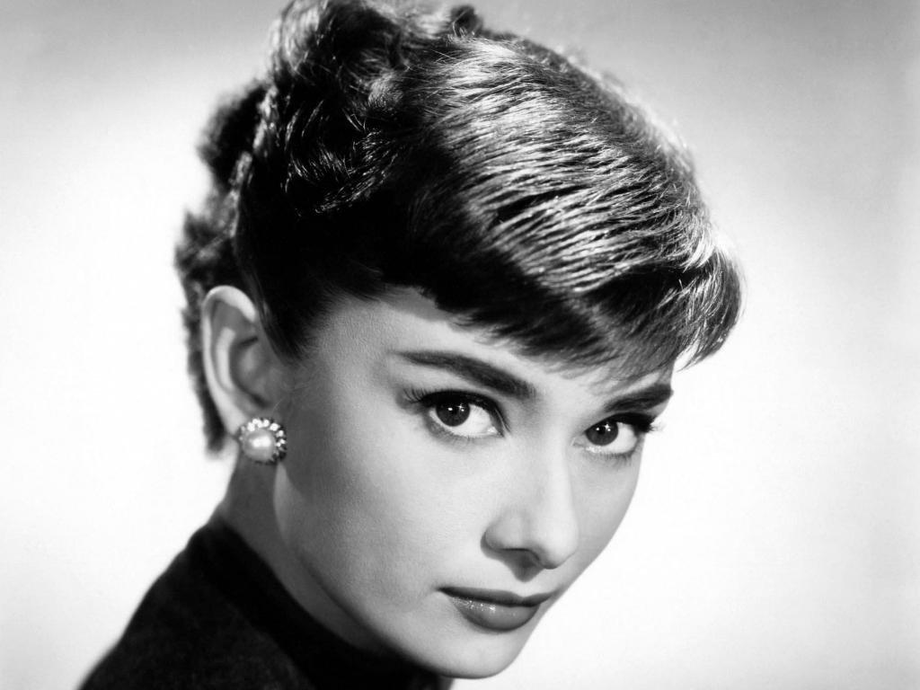 Download Hd 1024x768 Audrey Hepburn Computer Wallpaper Id