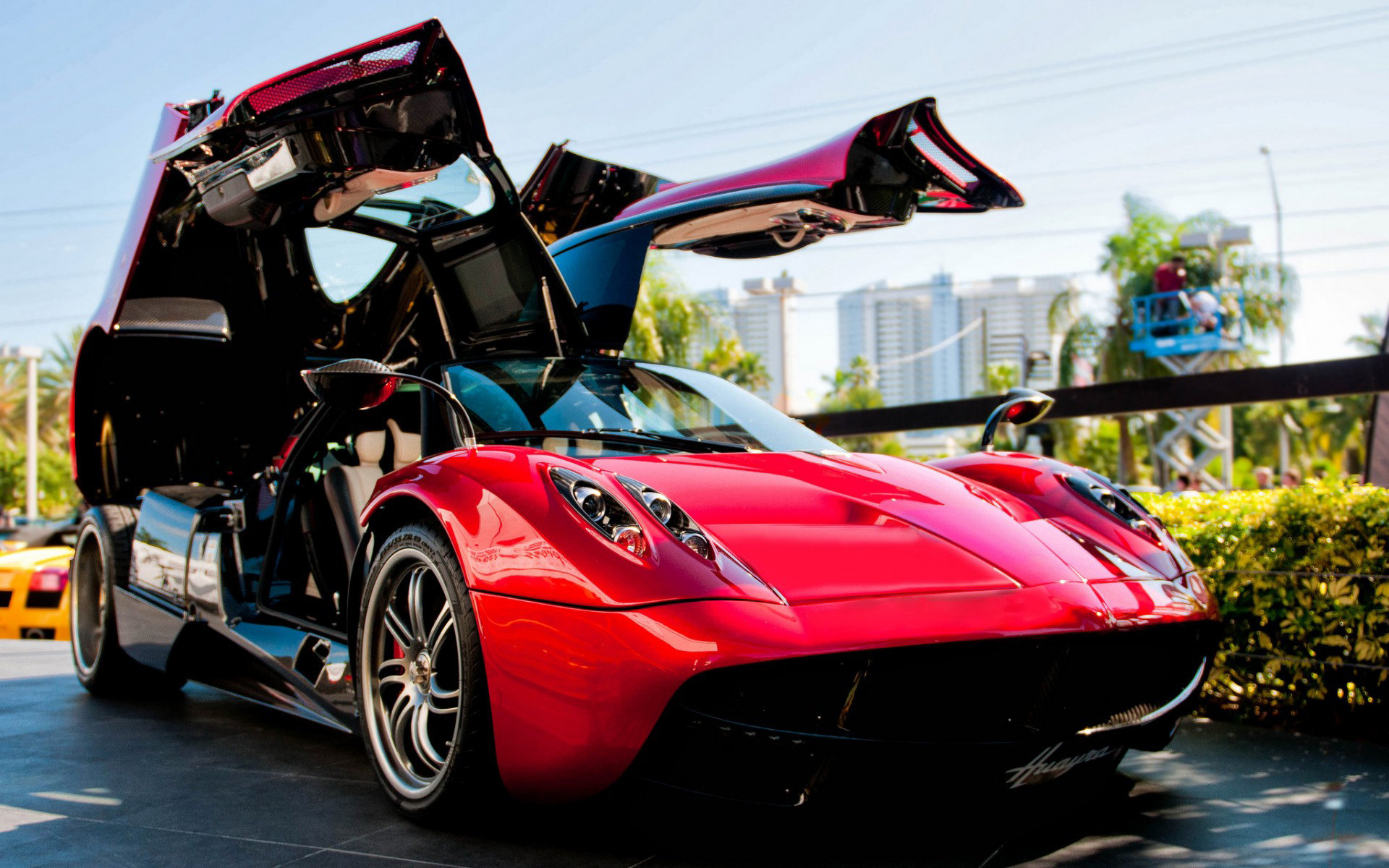 Free download Pagani Huayra background ID:160164 hd 1920x1200 for PC