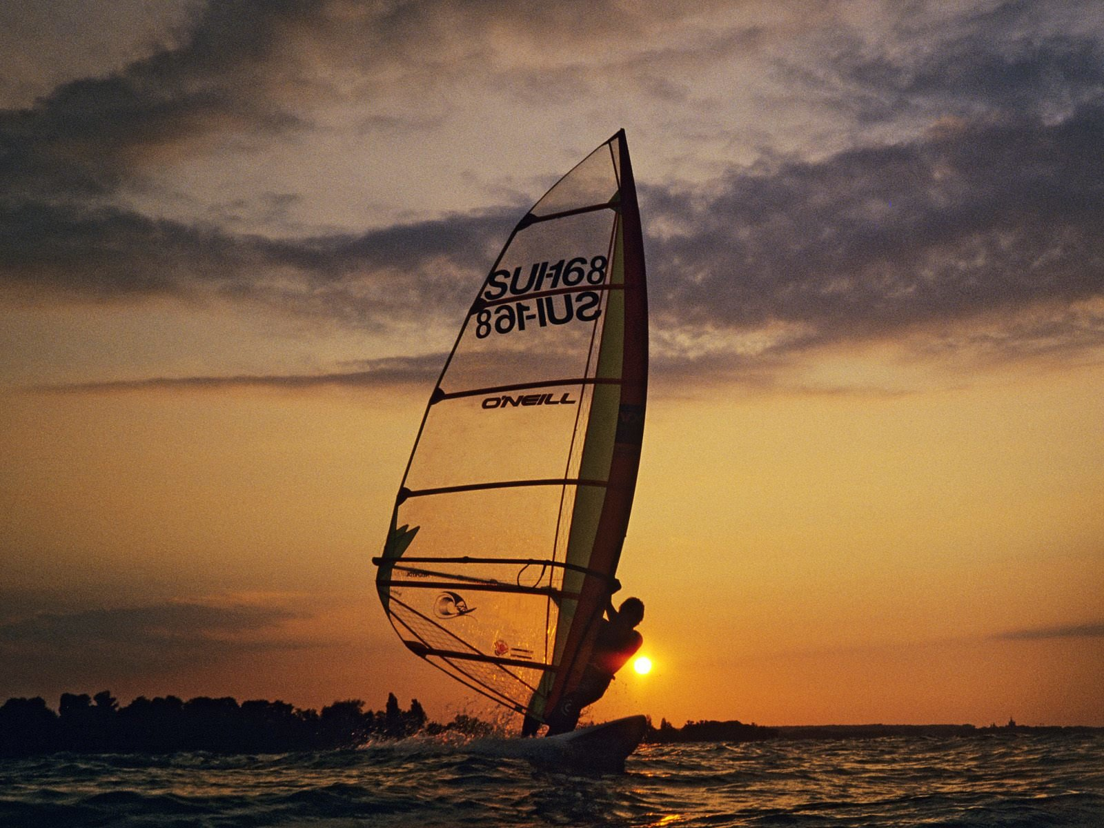 High resolution Windsurfing hd 1600x1200 background ID:144574 for desktop