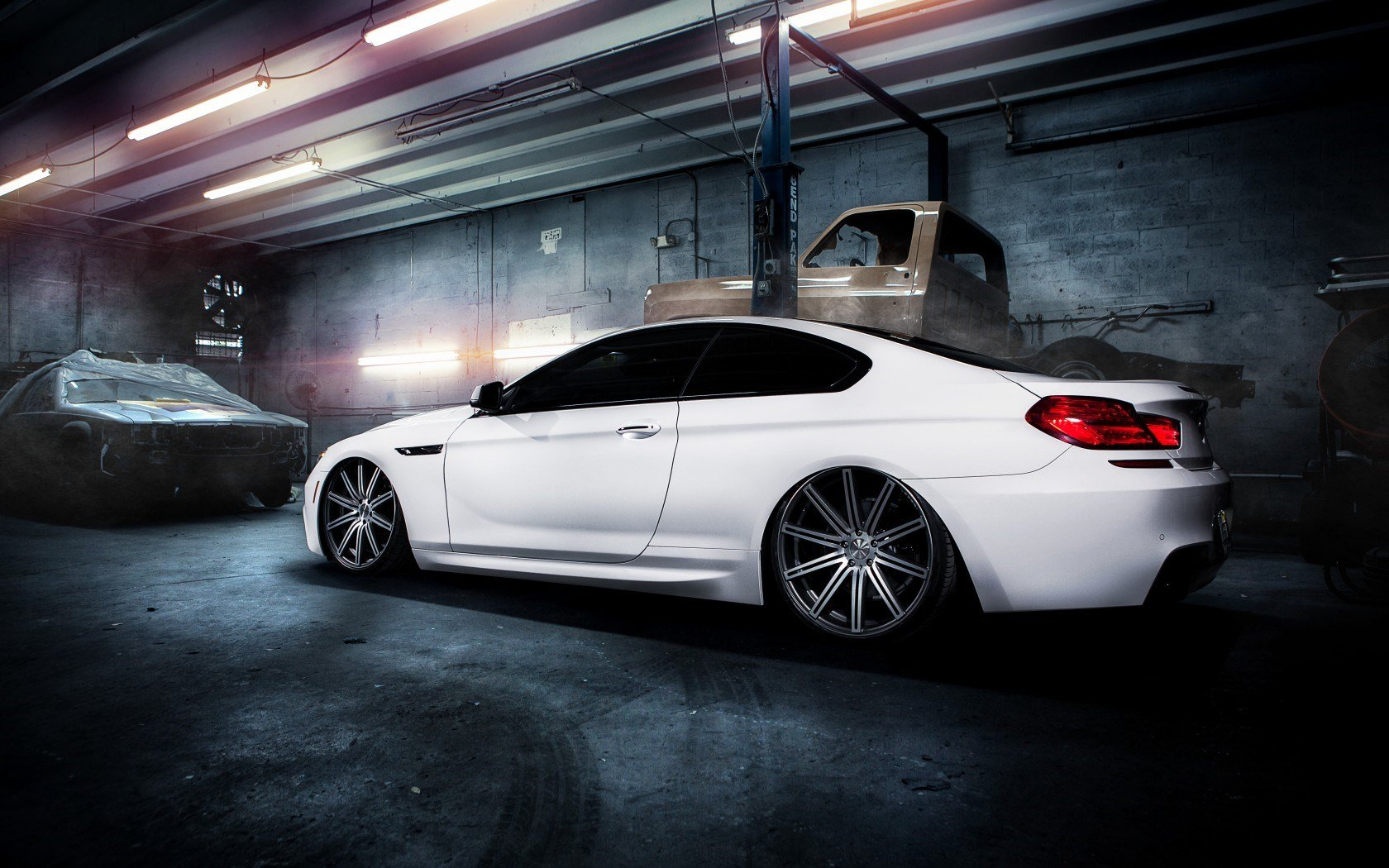 Free download BMW M6 wallpaper ID:27368 hd 1680x1050 for computer