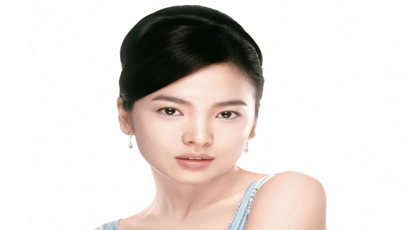 Free download Song Hye-kyo background ID:469327 1366x768 laptop for PC