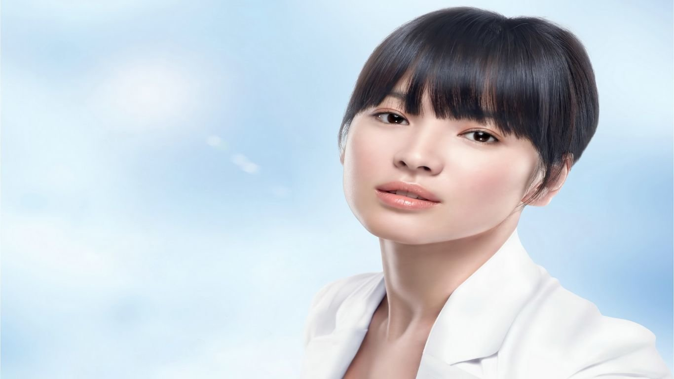 Free Song Hye-kyo high quality background ID:469330 for 1366x768 laptop computer