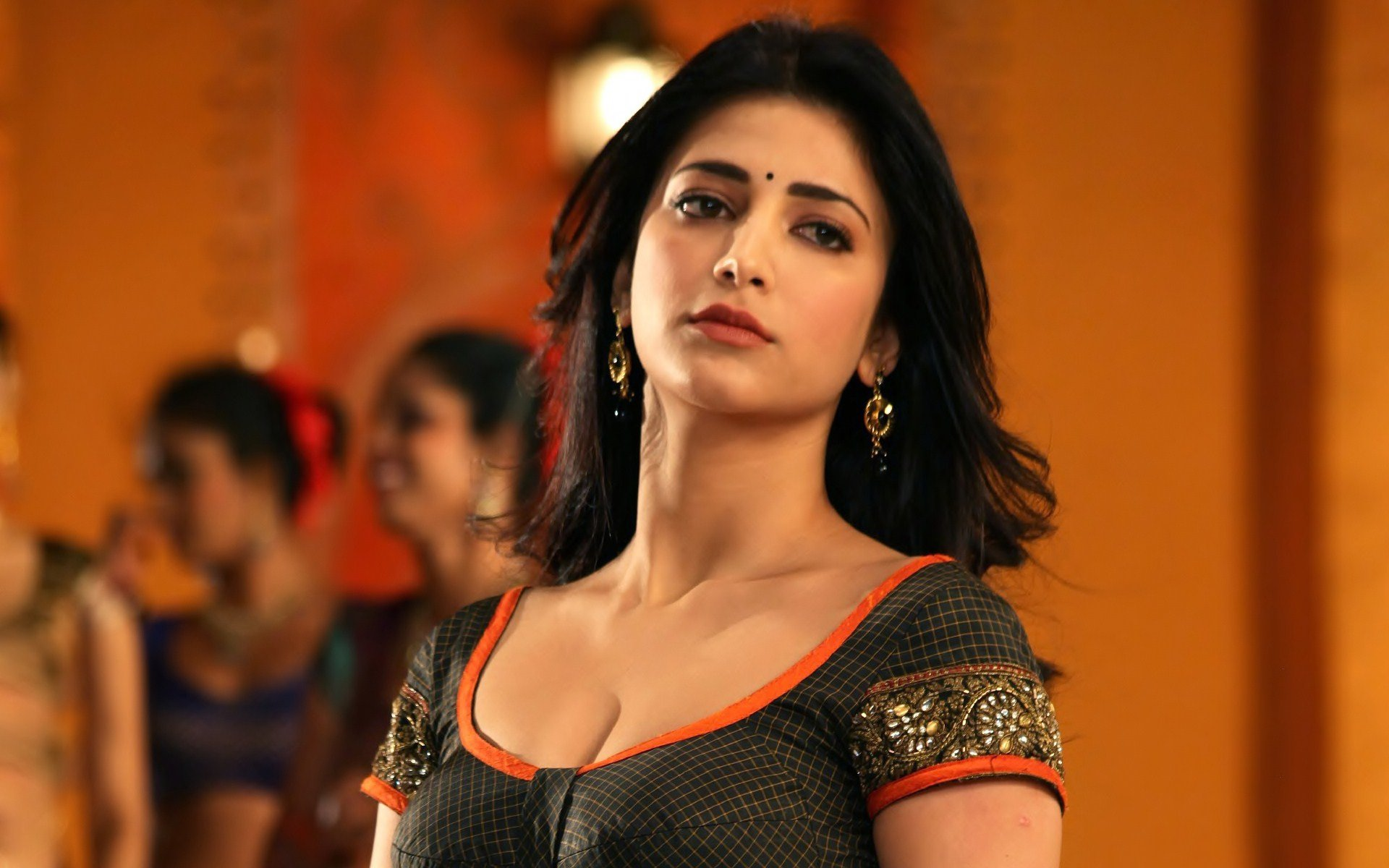 Free download Shruti Haasan background ID:240713 hd 1920x1200 for desktop