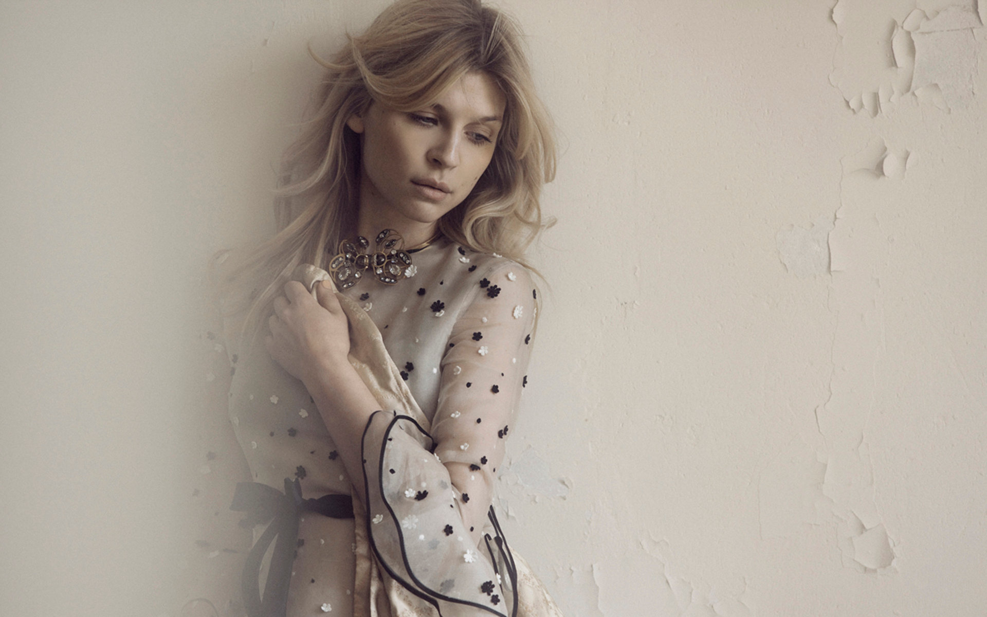 Best Clemence Poesy wallpaper ID:9920 for High Resolution hd 1920x1200 PC