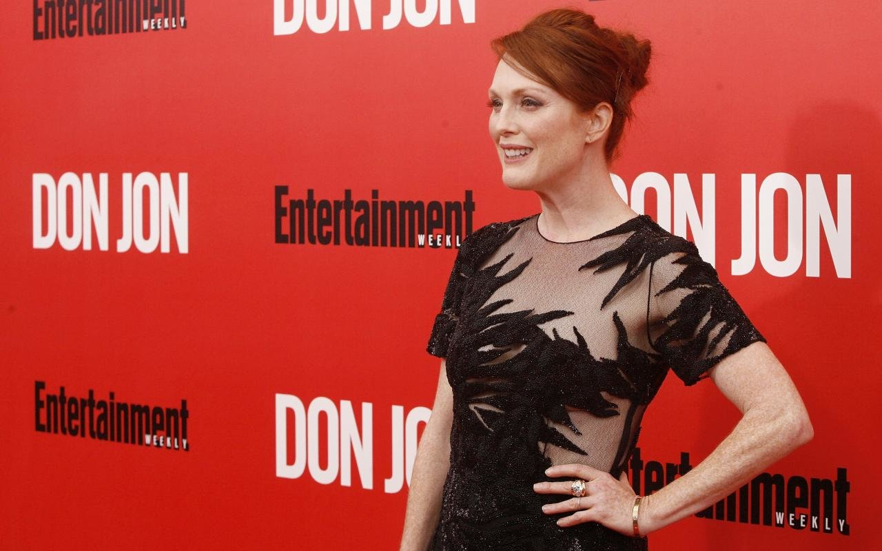 Free download Julianne Moore background ID:100742 hd 1280x800 for computer