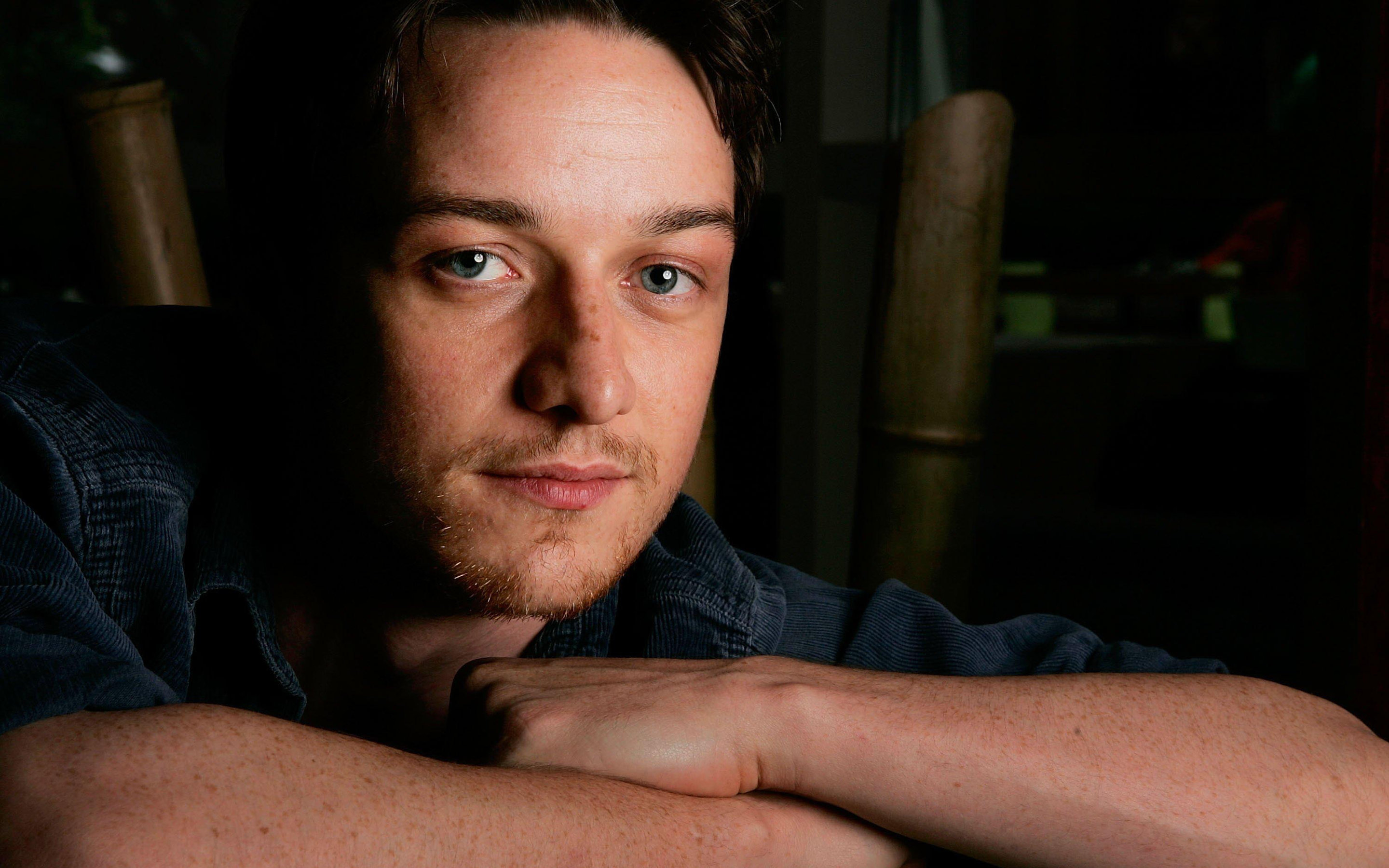 Awesome James McAvoy free wallpaper ID:254989 for hd 2880x1800 computer