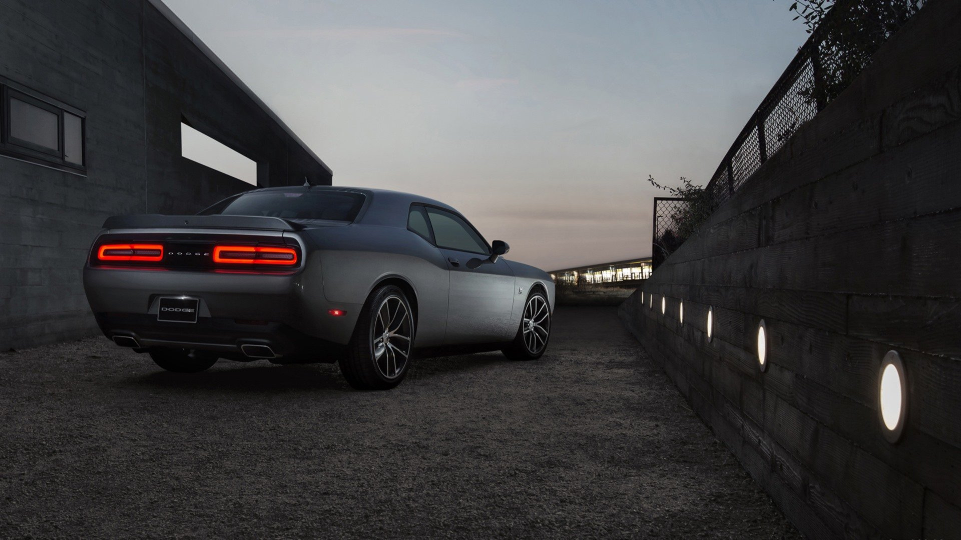 Download Full Hd 1080p Dodge Challenger Computer Wallpaper Id 231810 For Free