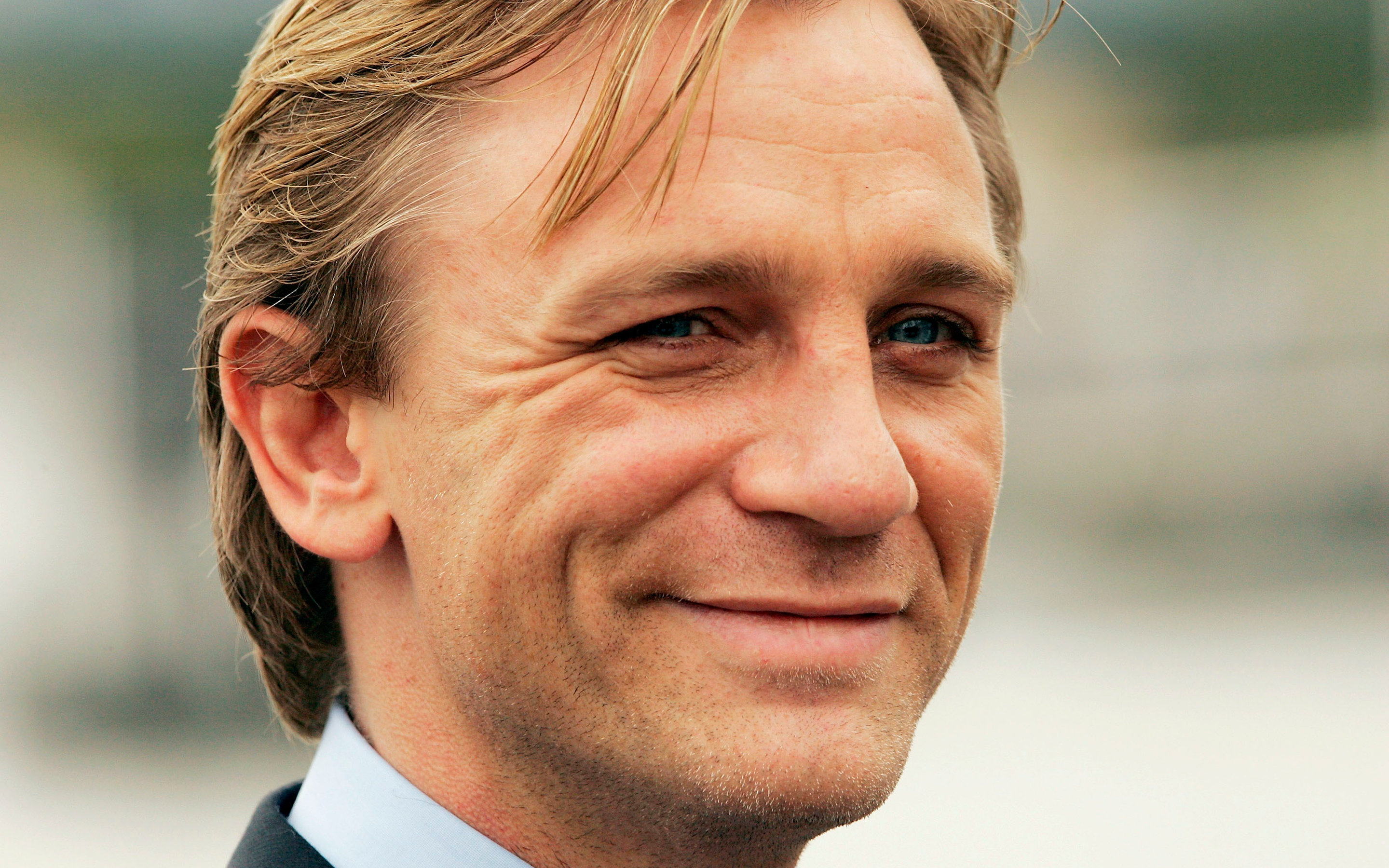 Free download Daniel Craig background ID:394082 hd 2880x1800 for PC