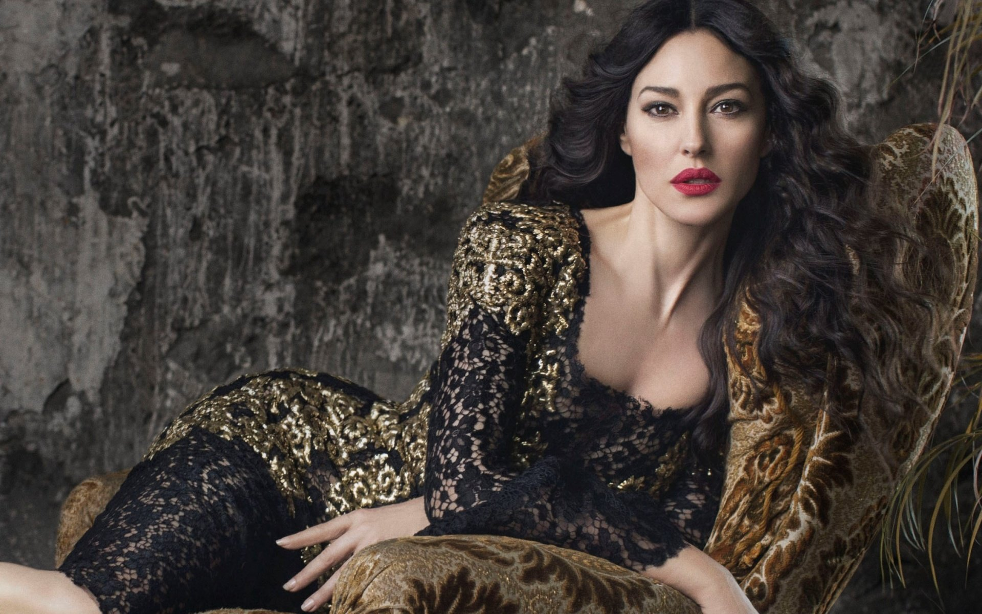 Download hd 1920x1200 Monica Bellucci desktop wallpaper ID:269667 for free