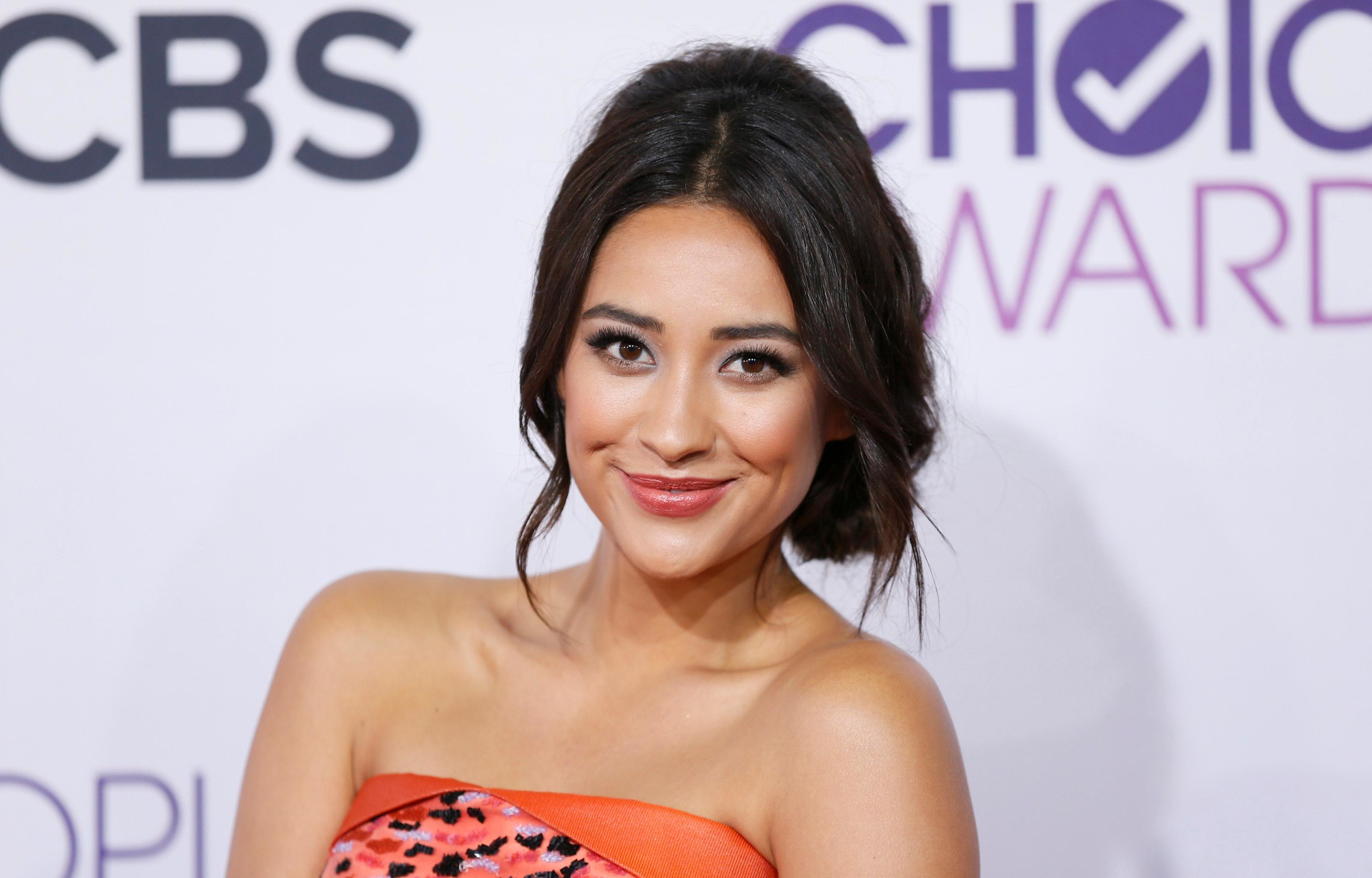 Free Shay Mitchell high quality wallpaper ID:259103 for hd 3200x2048 computer