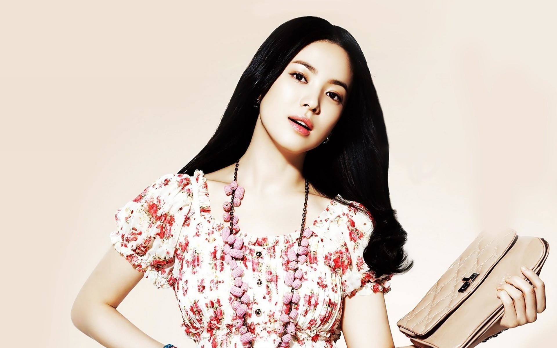 Free download Song Hye-kyo background ID:469335 hd 1920x1200 for PC