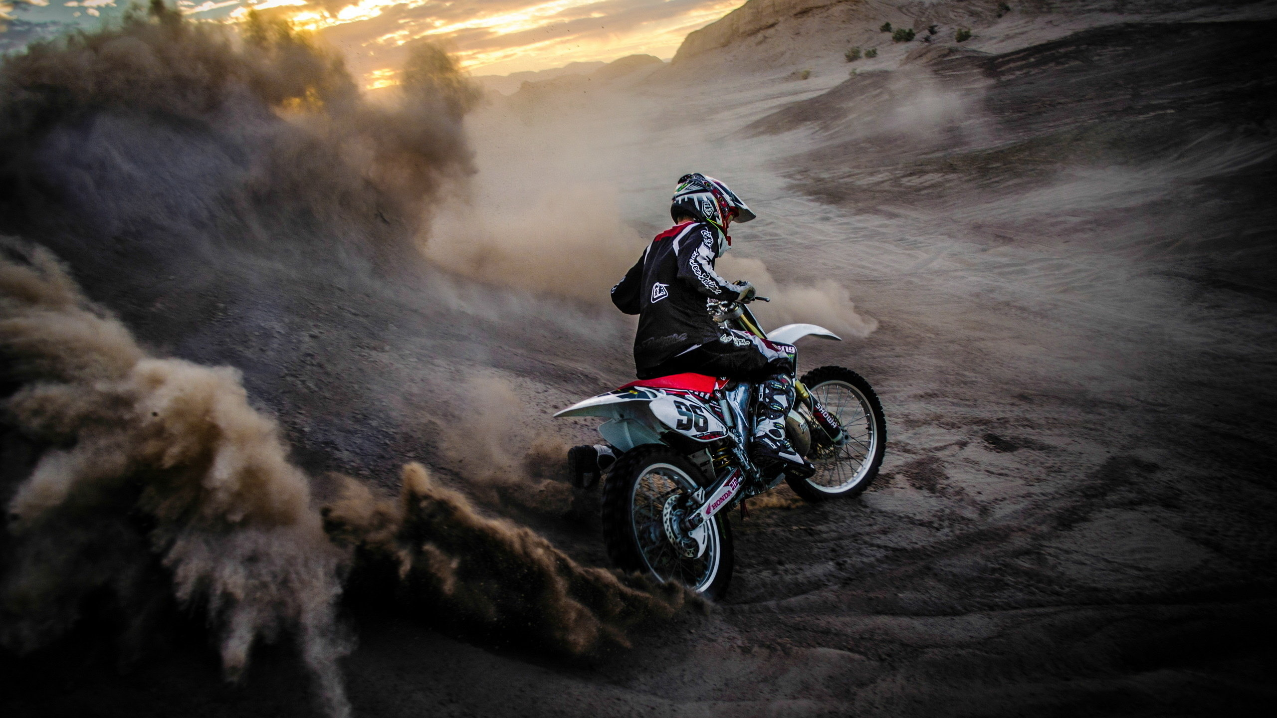 Free Download Motocross Dirt Bike Wallpaper Id378406 Hd