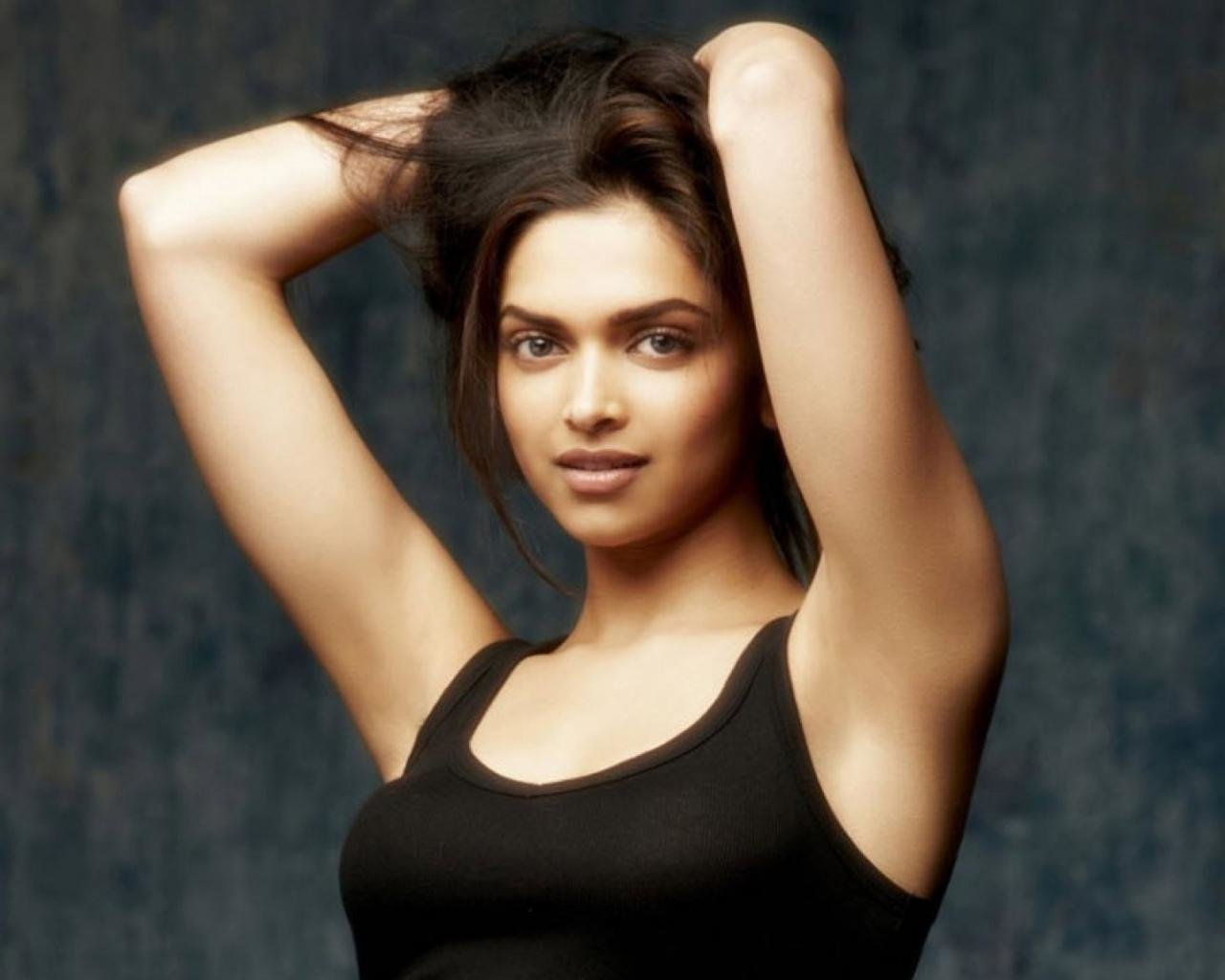 Awesome Deepika Padukone free background ID:334334 for hd 1280x1024 desktop